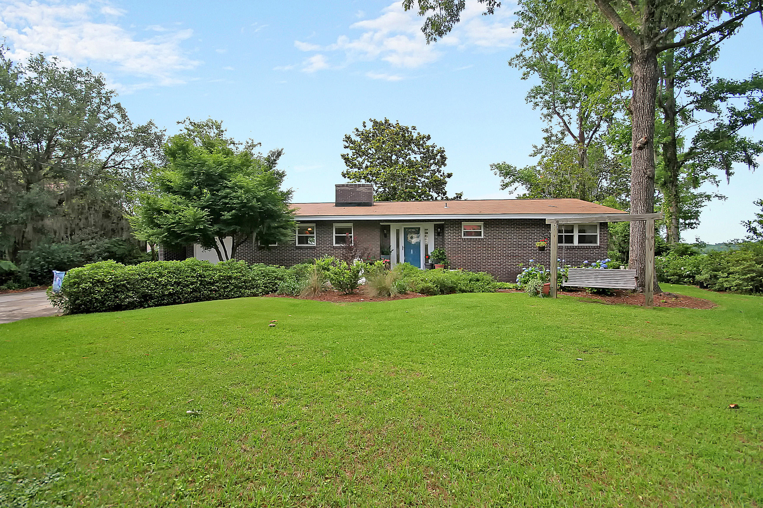 Photo of 1813 State Rd S-8-560, Moncks Corner, SC 29461