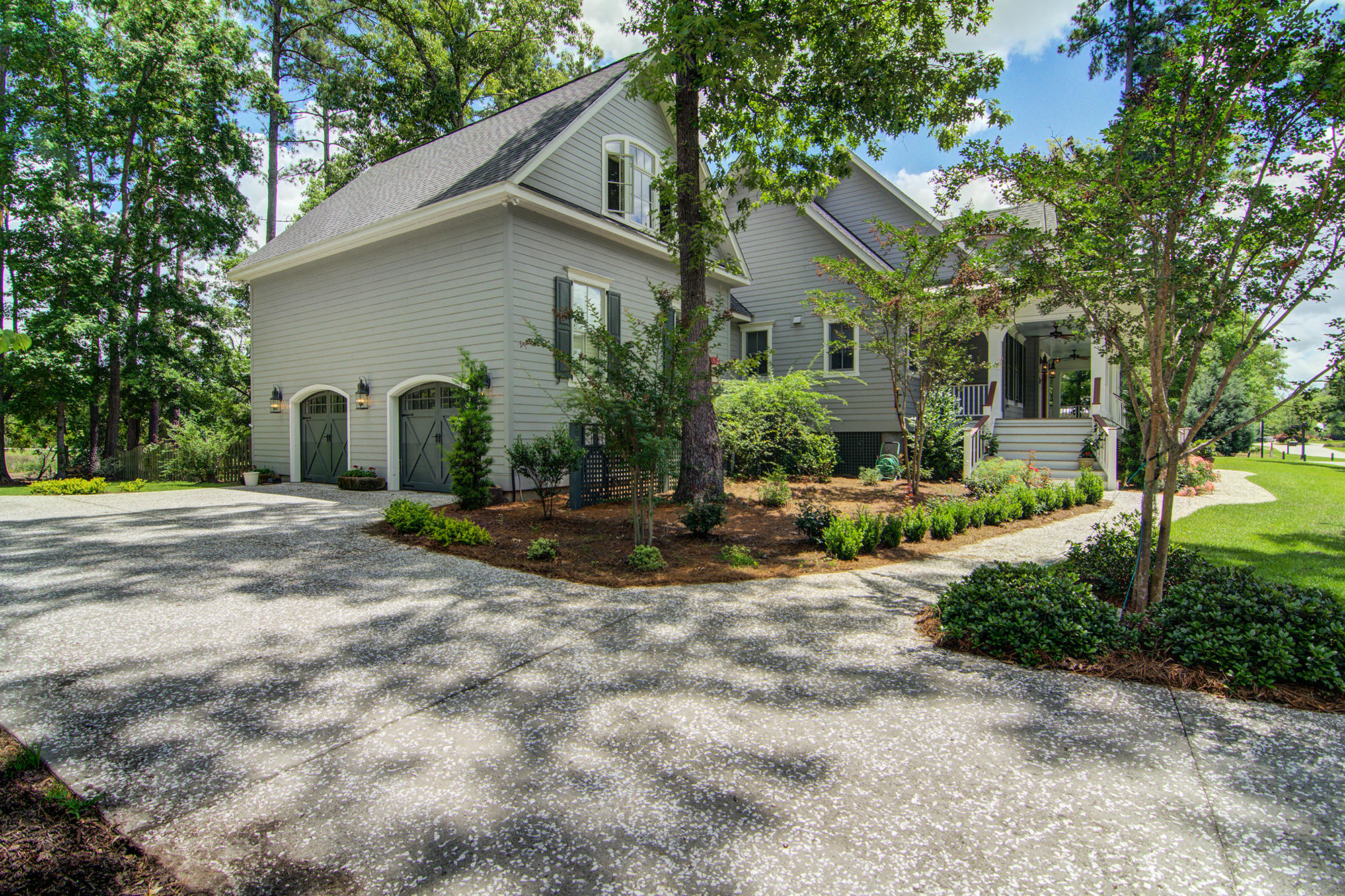 Photo of 4160 Lady Banks Ln, Ravenel, SC 29470