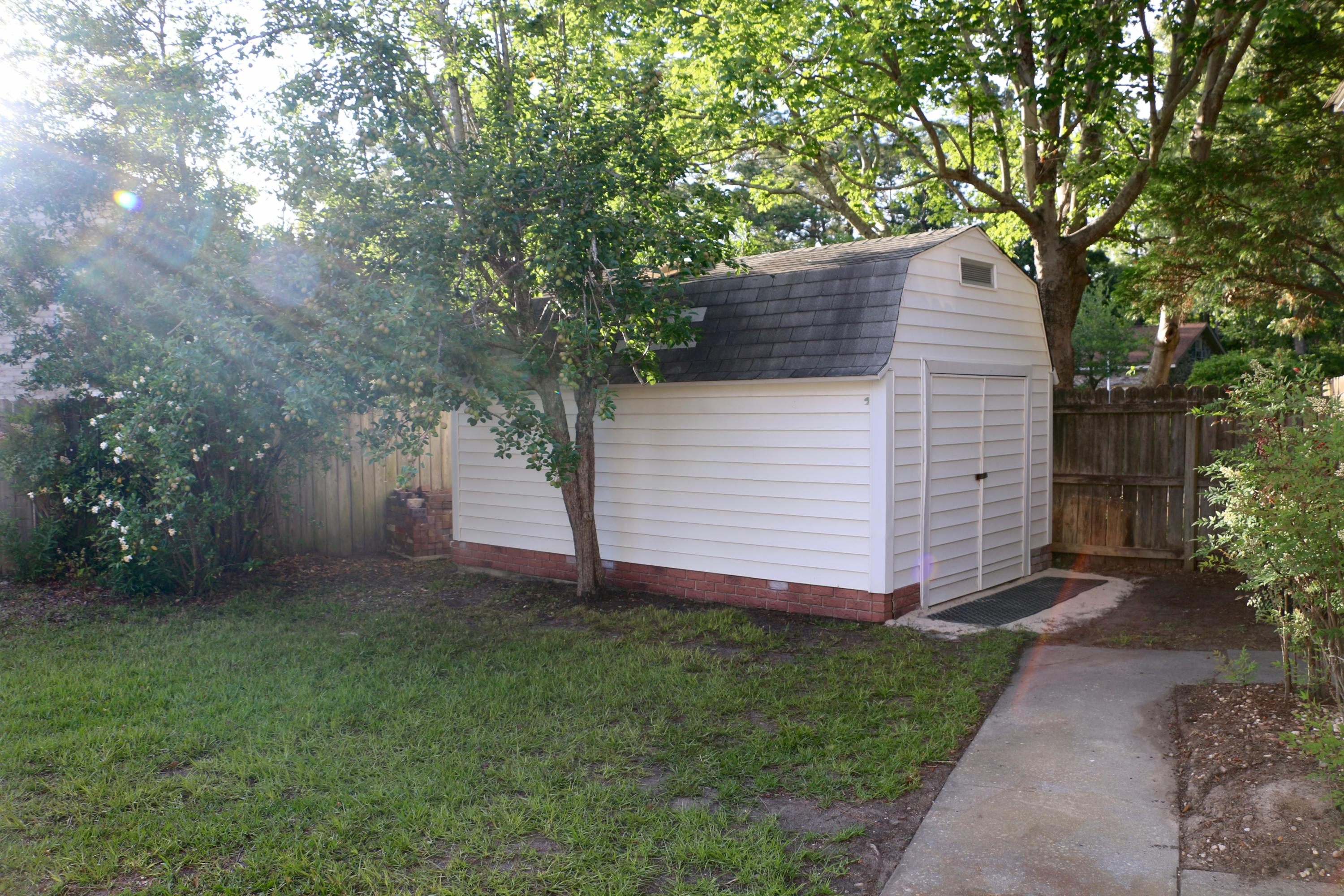 Photo of 25 S Basilica Ave, Hanahan, SC 29410