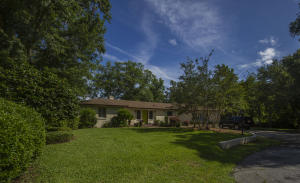 Home for Sale Confederate Circle, South Windermere, West Ashley, SC