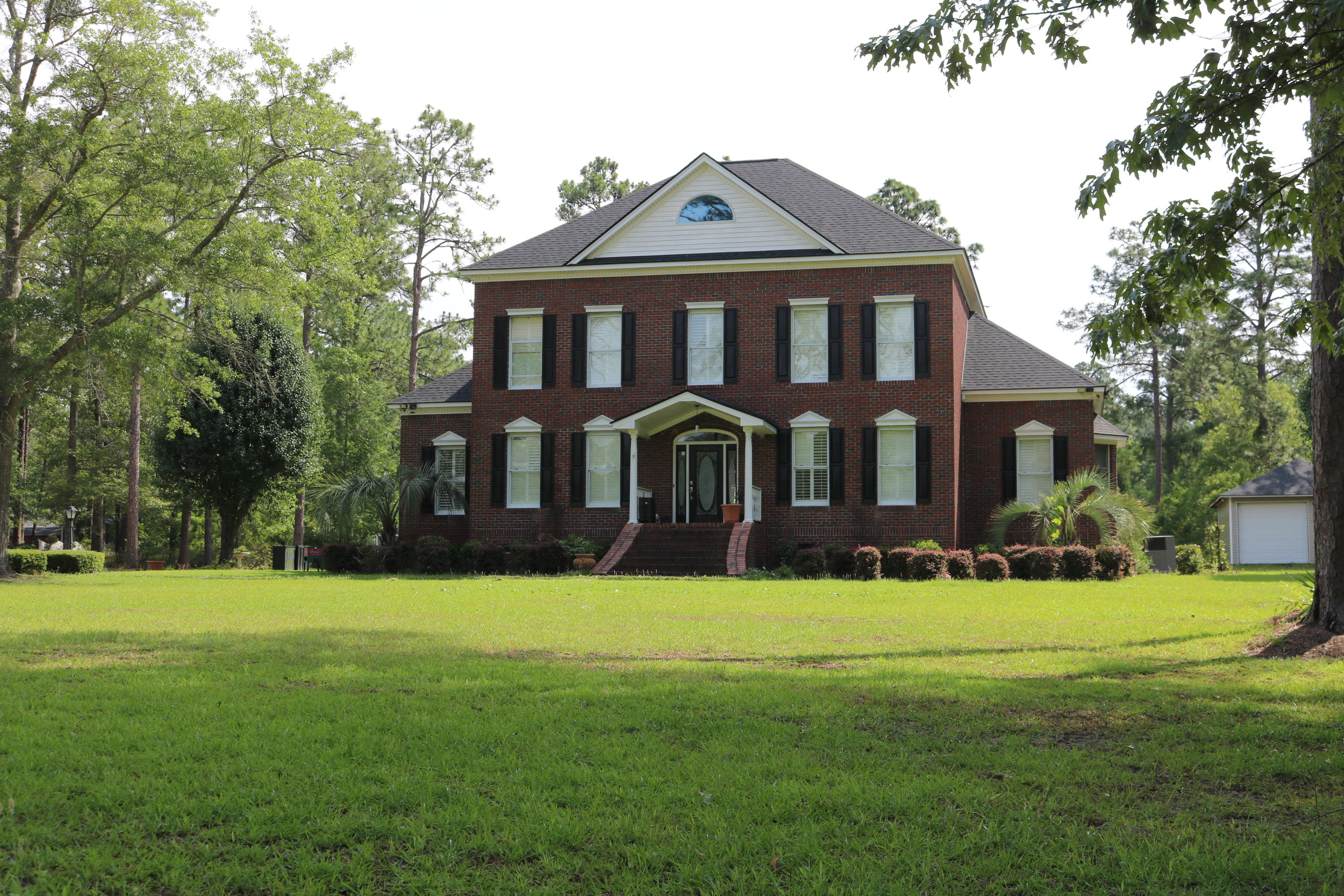Photo of 926 Mallory Ln, Walterboro, SC 29488