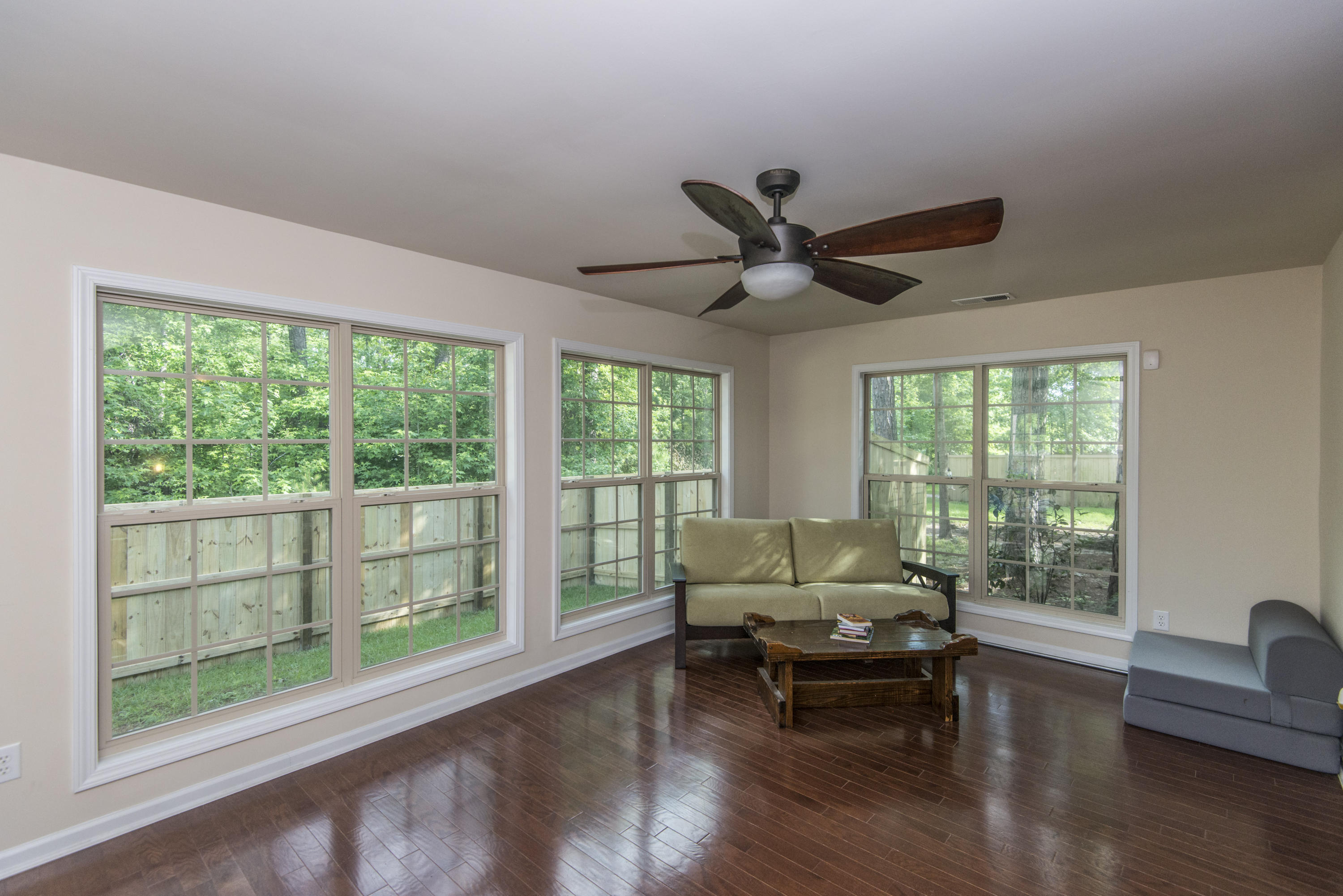 Photo of 206 Comiskey Park Cir, Summerville, SC 29485