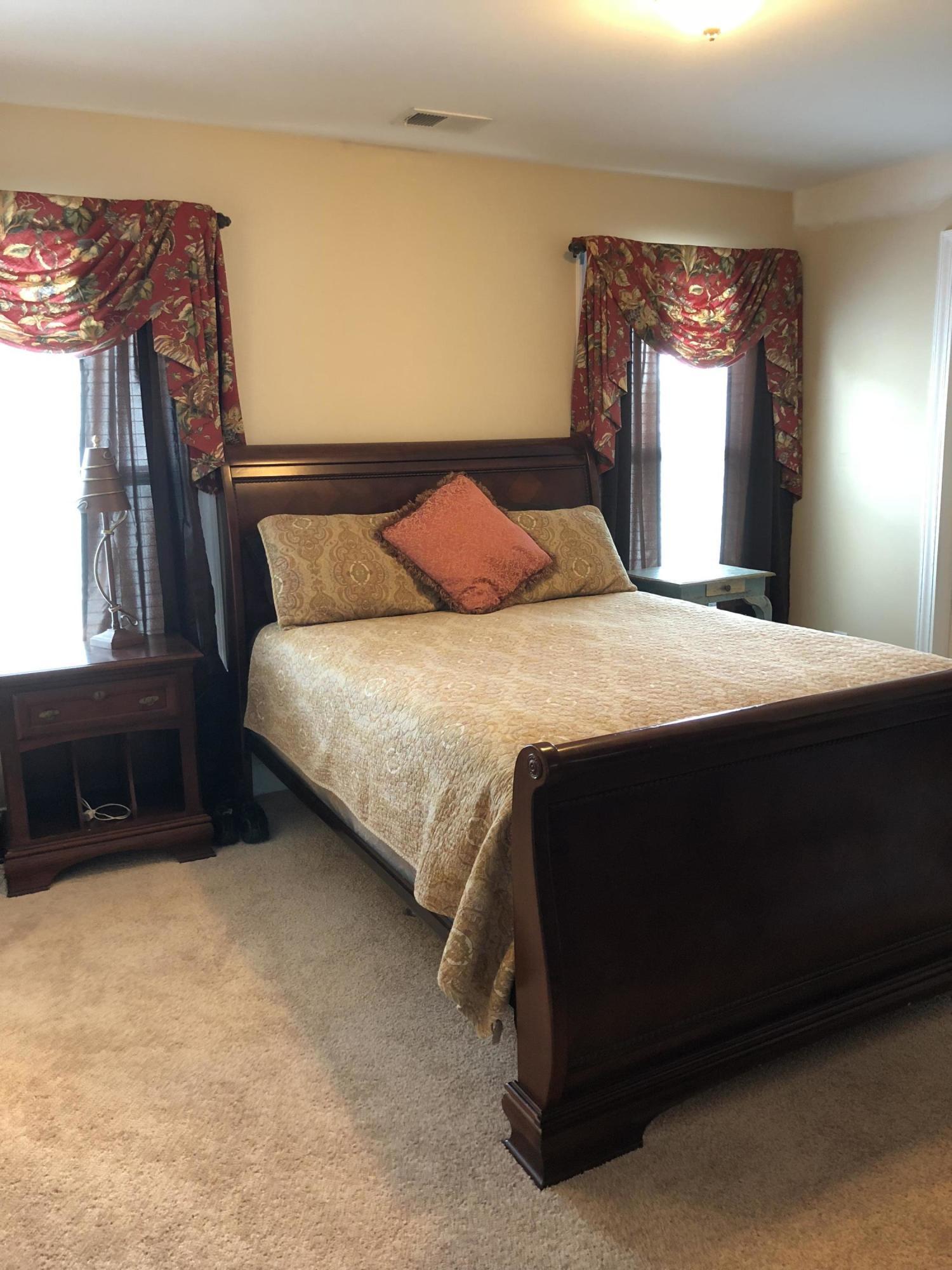 White Gables Homes For Sale - 206 Amaryllis, Summerville, SC - 20