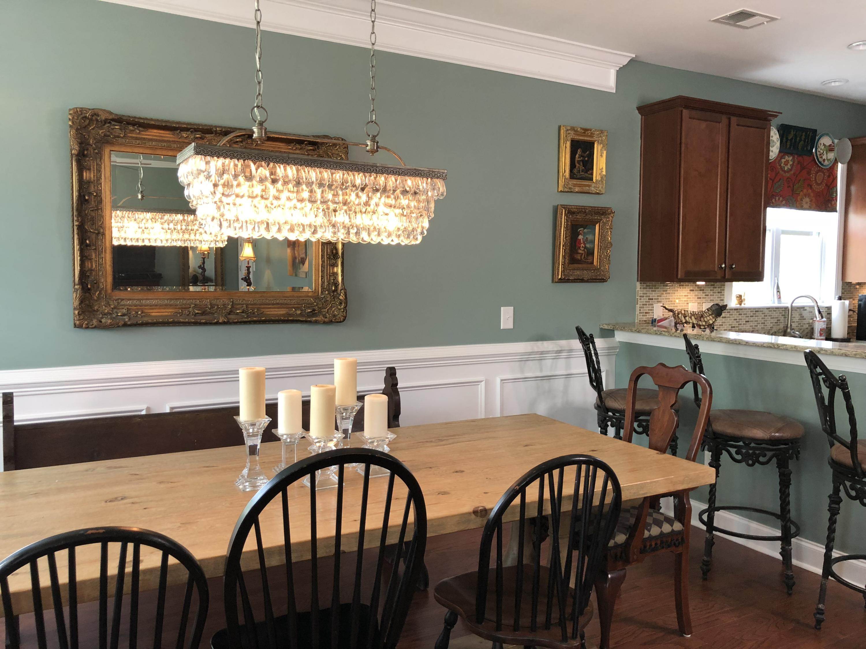 White Gables Homes For Sale - 206 Amaryllis, Summerville, SC - 6
