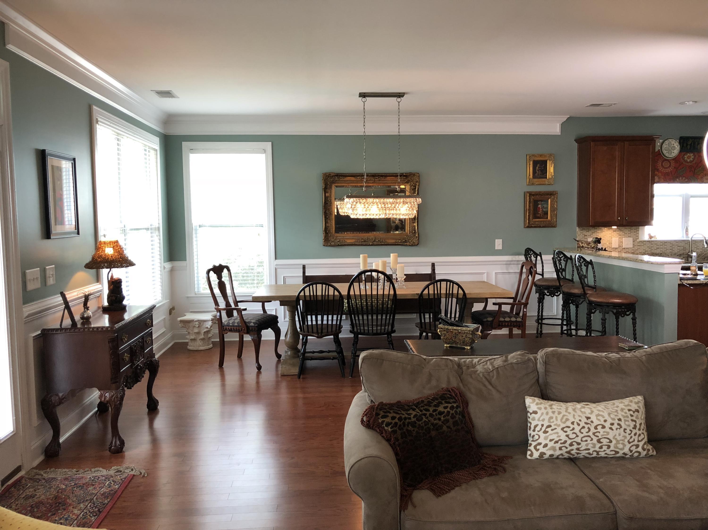 White Gables Homes For Sale - 206 Amaryllis, Summerville, SC - 1