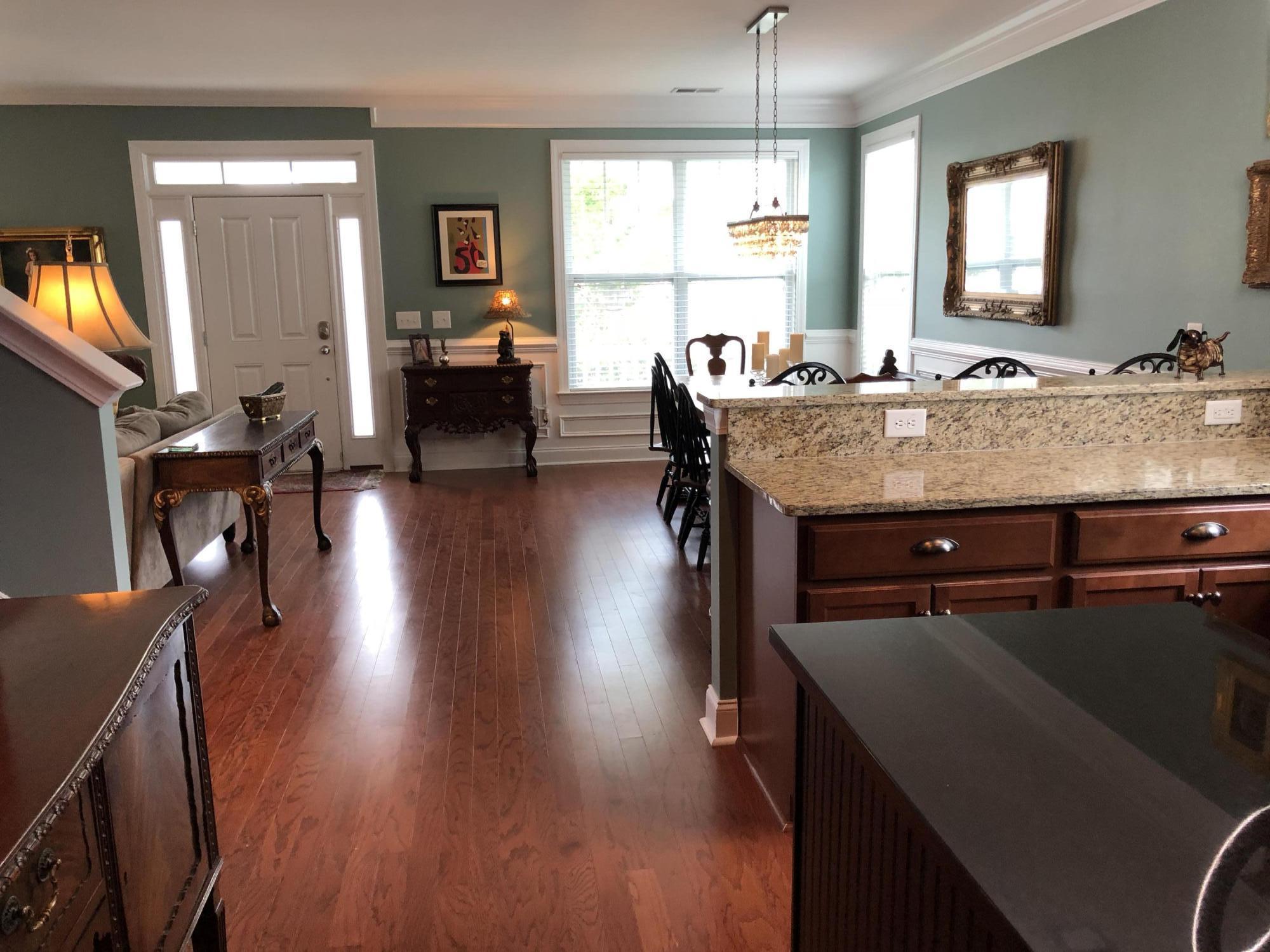 White Gables Homes For Sale - 206 Amaryllis, Summerville, SC - 5