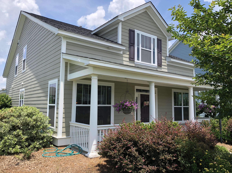 White Gables Homes For Sale - 206 Amaryllis, Summerville, SC - 29