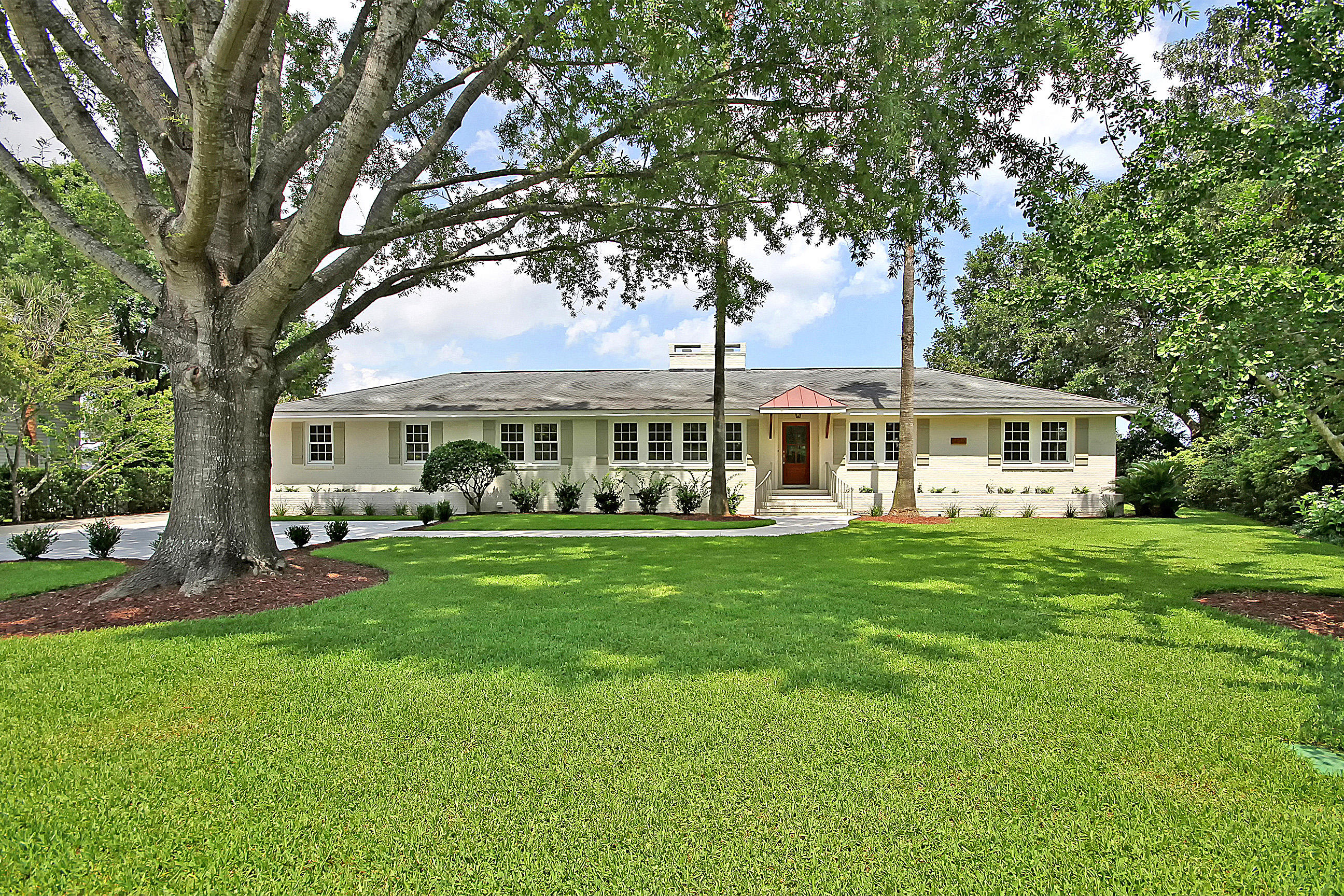 Photo of 1455 Burningtree Rd, Charleston, SC 29412