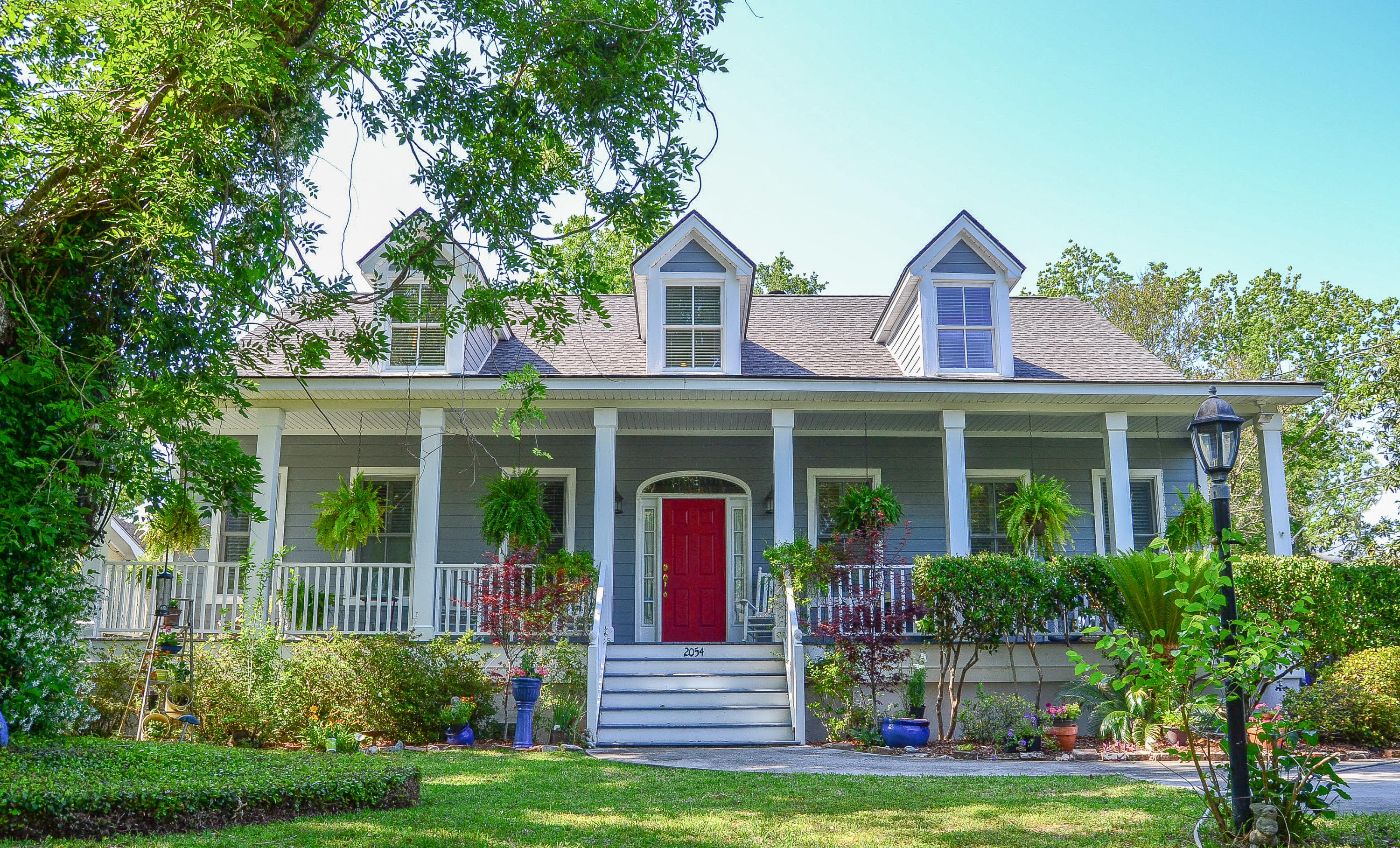 Photo of 2054 Wappoo Hall Rd, Charleston, SC 29412