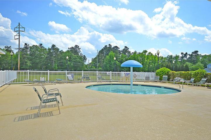 White Gables Homes For Sale - 437 Verbena, Summerville, SC - 16