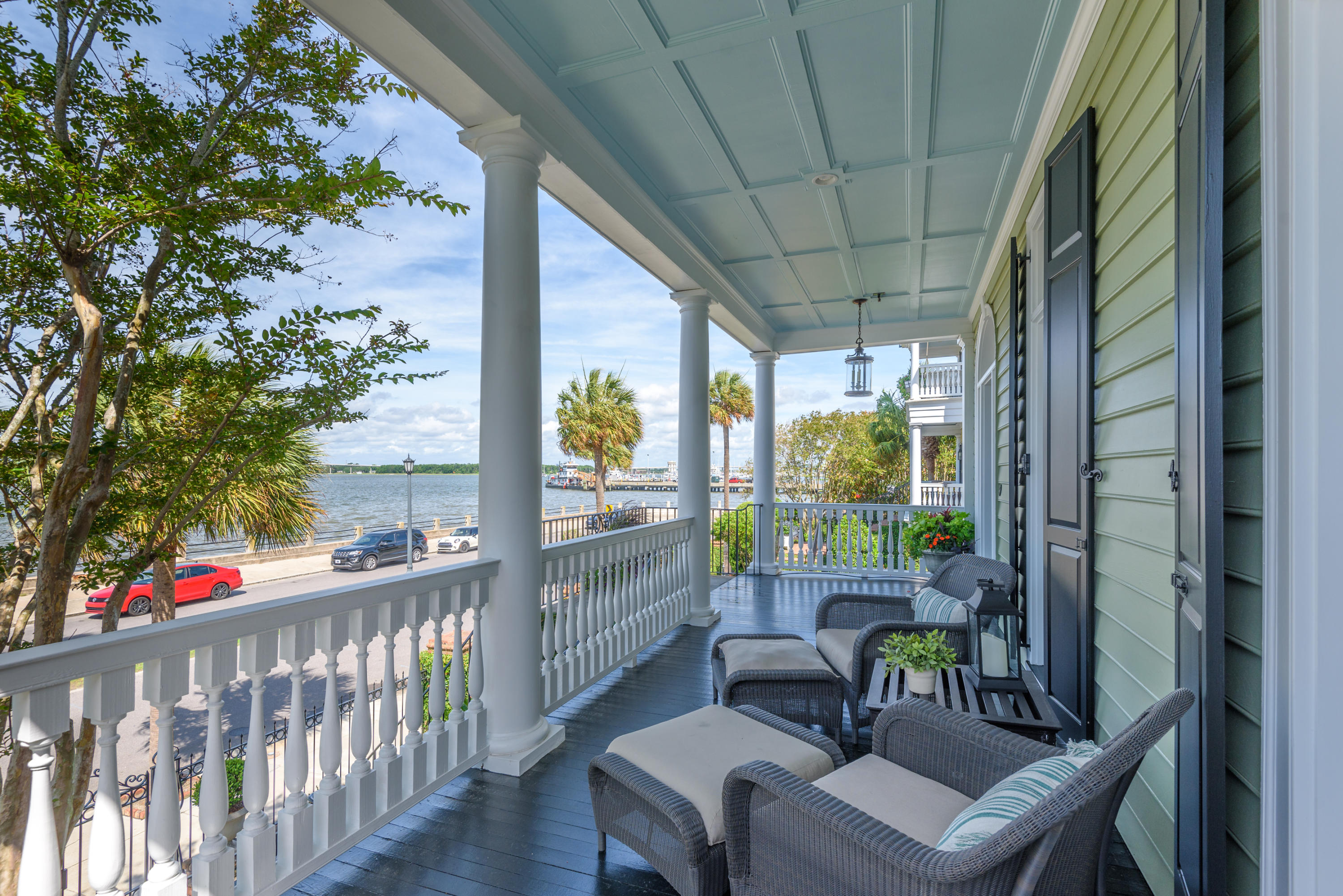 Photo of 106 Murray Blvd, Charleston, SC 29401