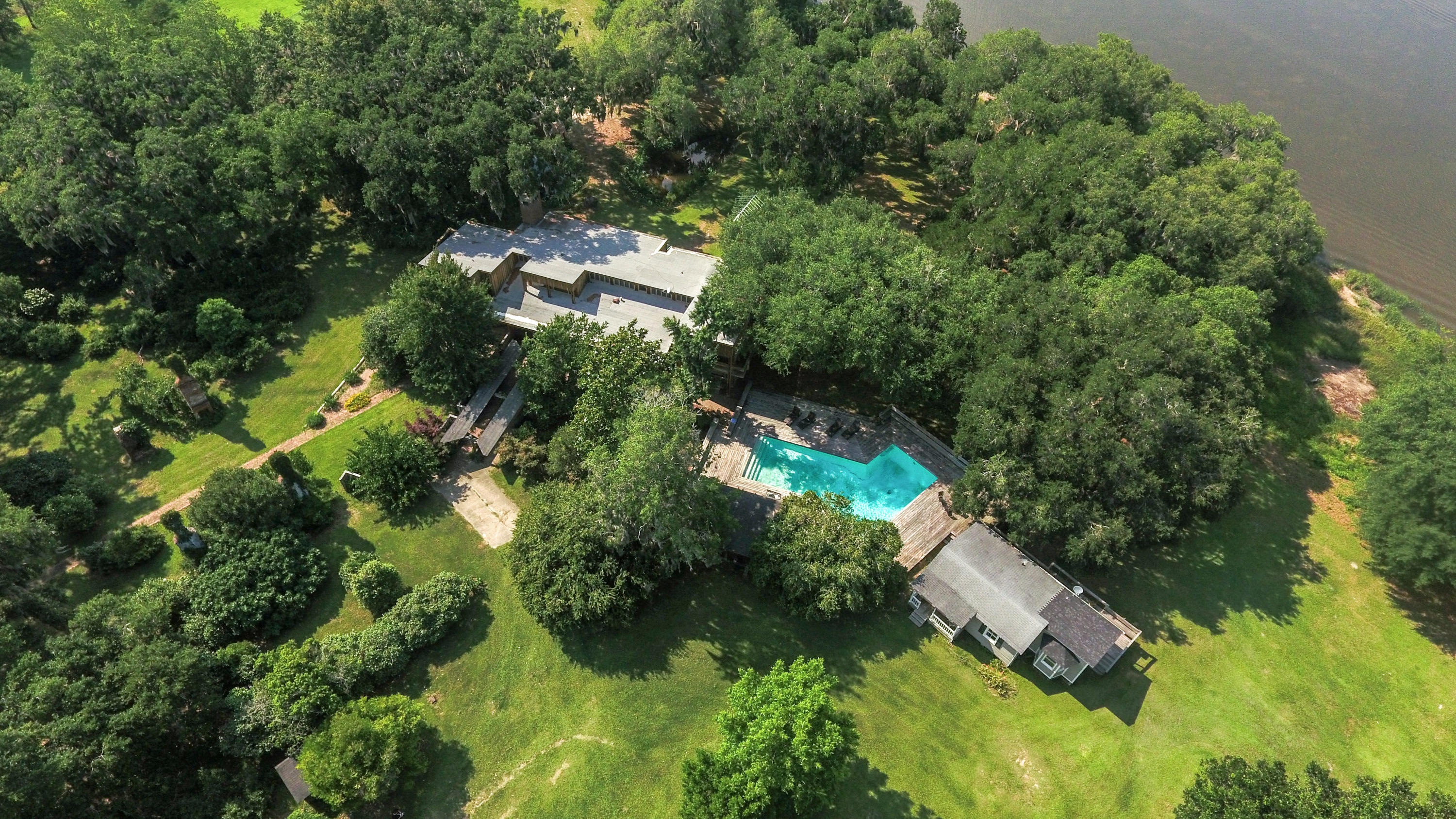 Photo of 21 Huspa Plantation Rd, Sheldon, SC 29941