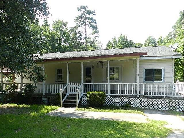 Photo of 1340 Edgewater Rd, Pineville, SC 29468