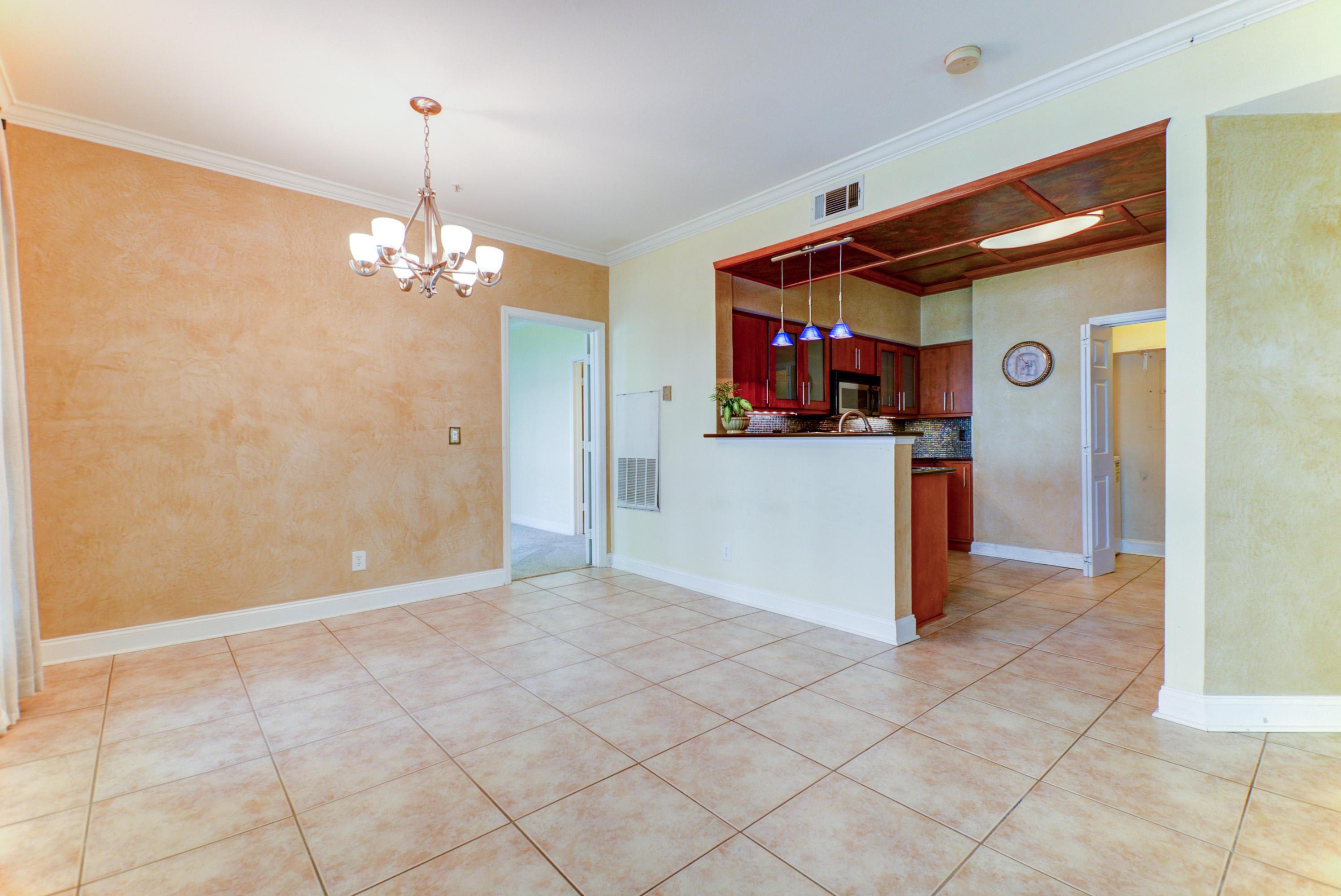 The Peninsula Condominiums Homes For Sale - 700 Daniel Ellis, Charleston, SC - 40