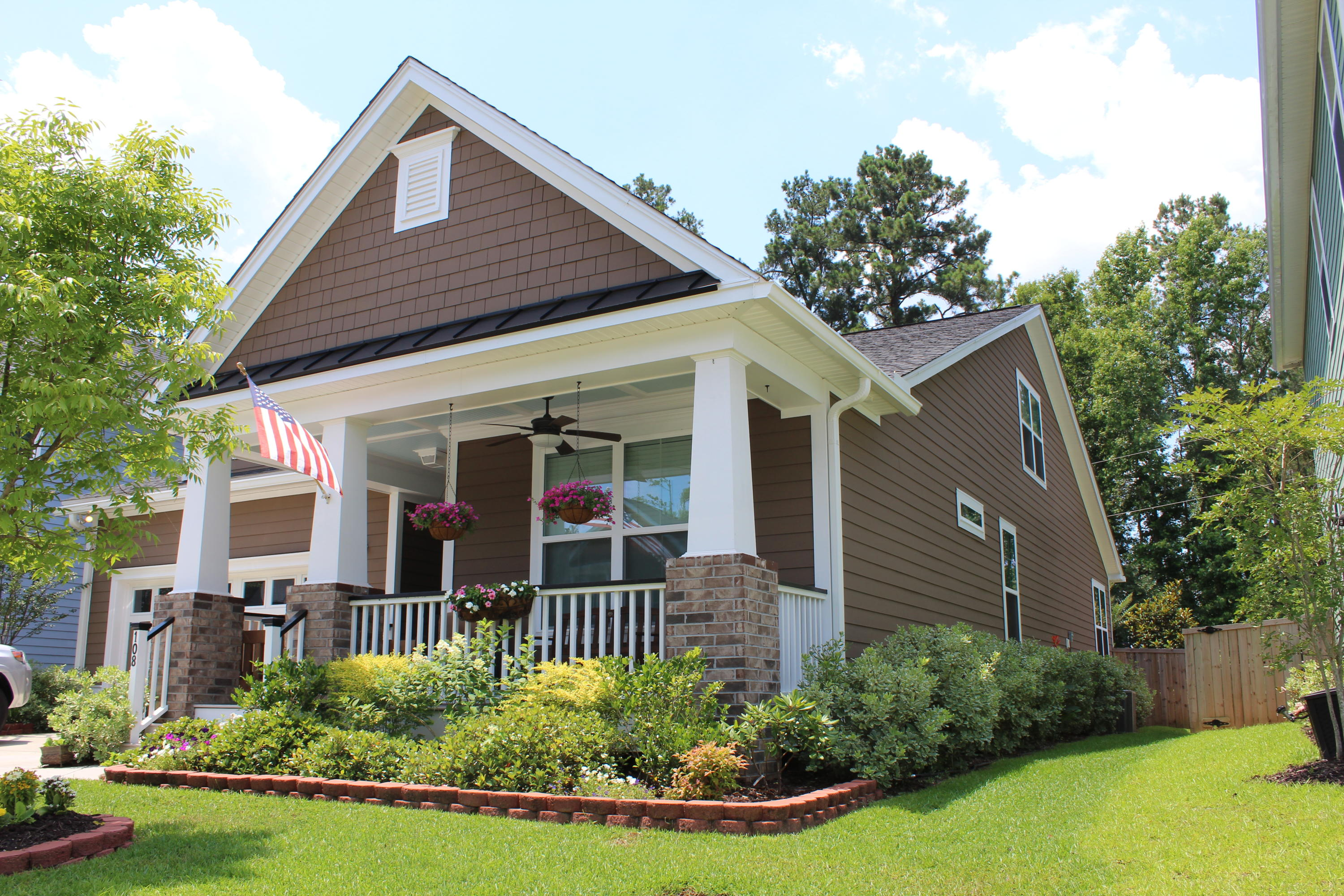 Locountry.com - MLS Number: 18017106