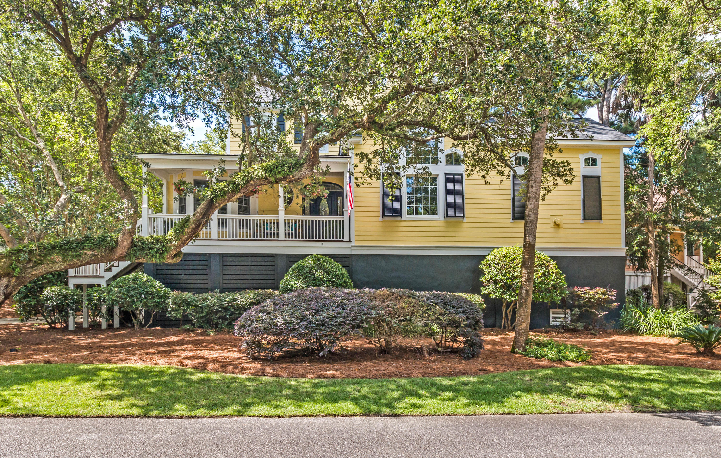 Photo of 5 Sandwedge Ln, Isle of Palms, SC 29451