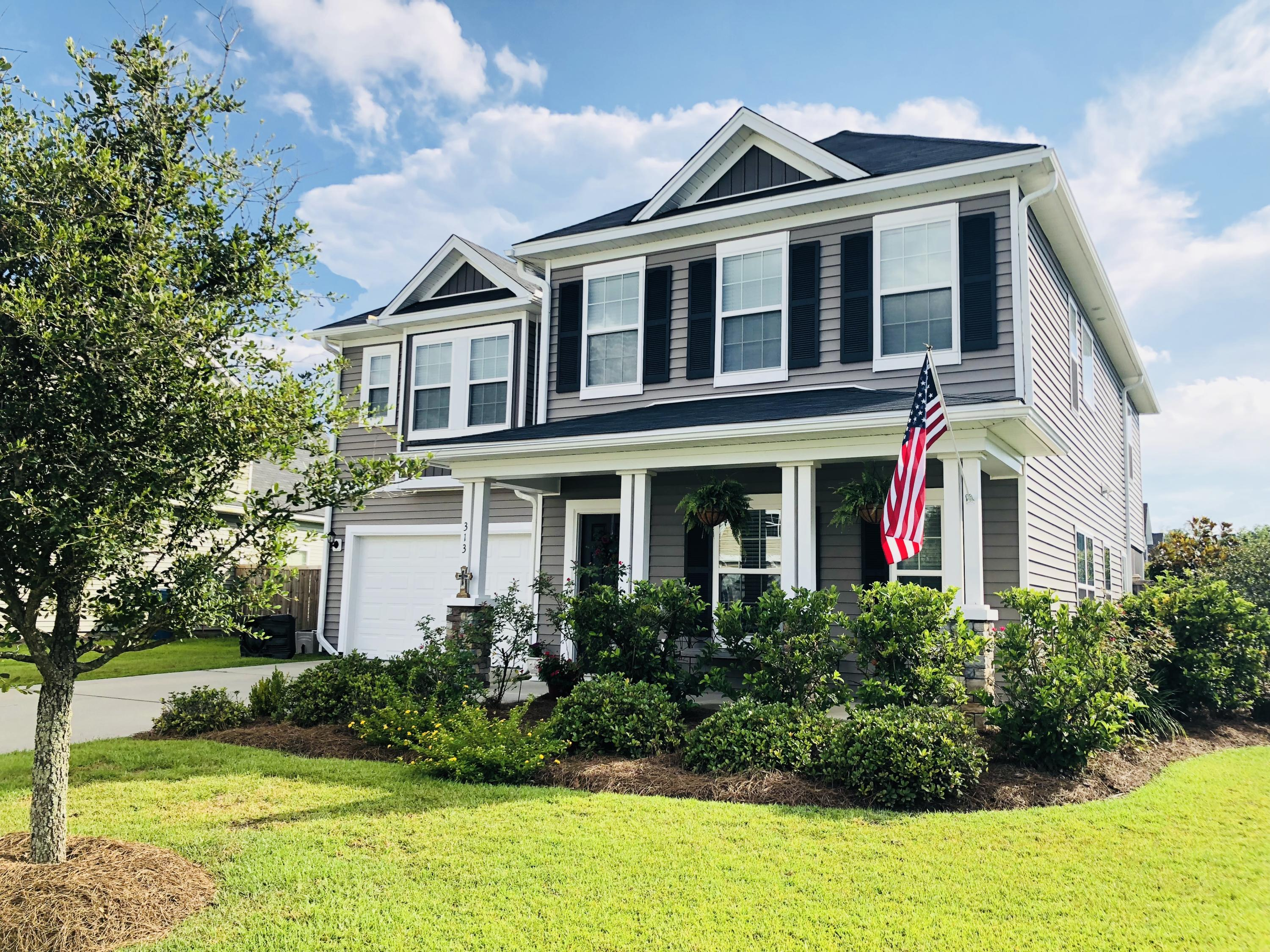 Photo of 313 Drayton Pl Dr, Moncks Corner, SC 29461
