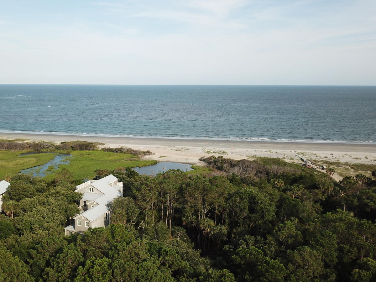 Photo of 391 Pelican Flight Dr, Dewees Island, SC 29451