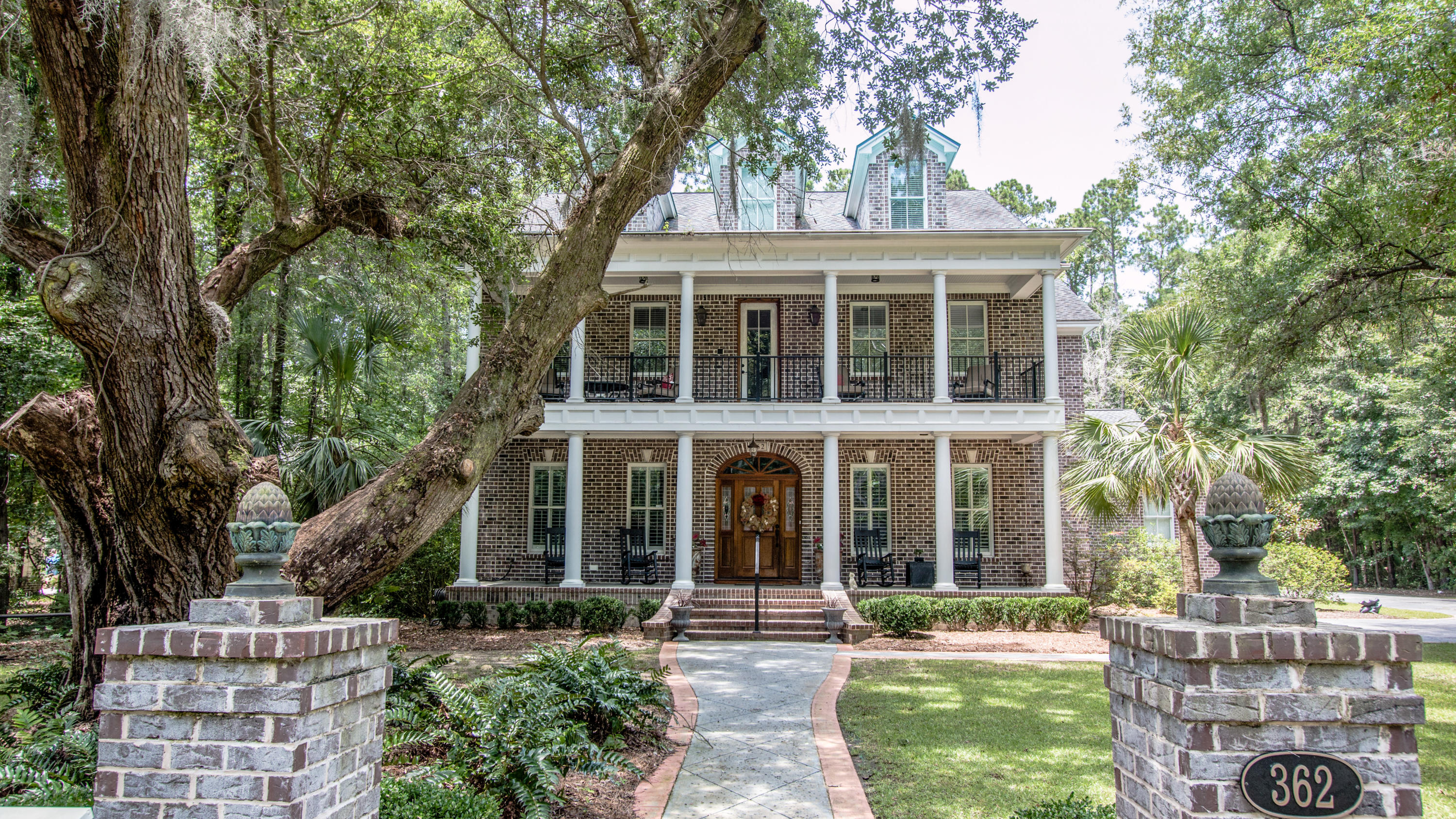 Photo of 362 Beresford Woods Ln, Charleston, SC 29492