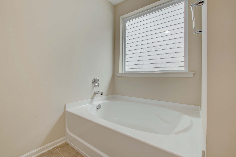White Gables Homes For Sale - 437 Verbena, Summerville, SC - 14