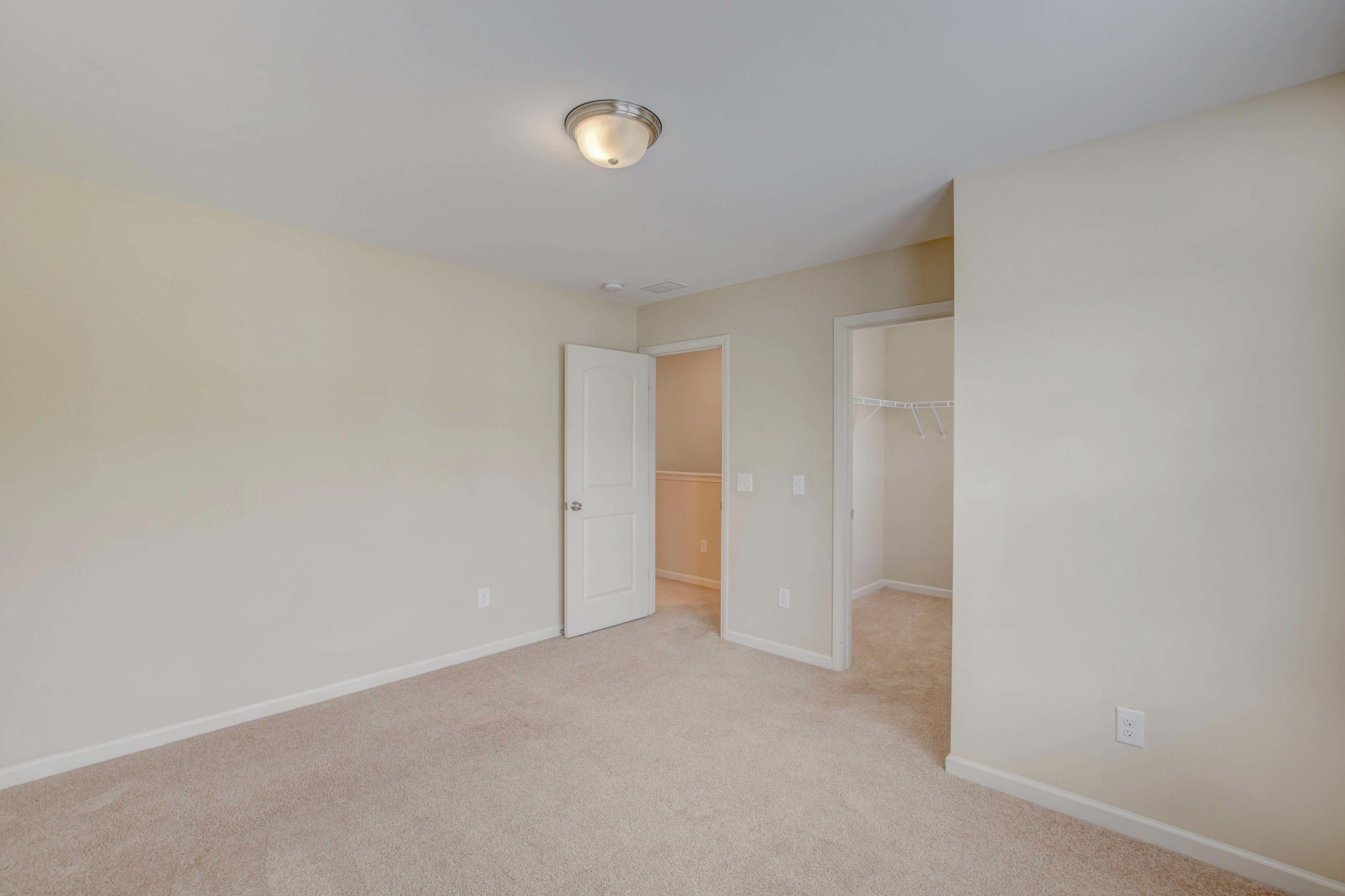 White Gables Homes For Sale - 437 Verbena, Summerville, SC - 2