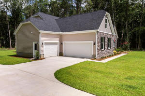2006 TACOMA CIRCLE, RIDGEVILLE, SC 29472  Photo 2