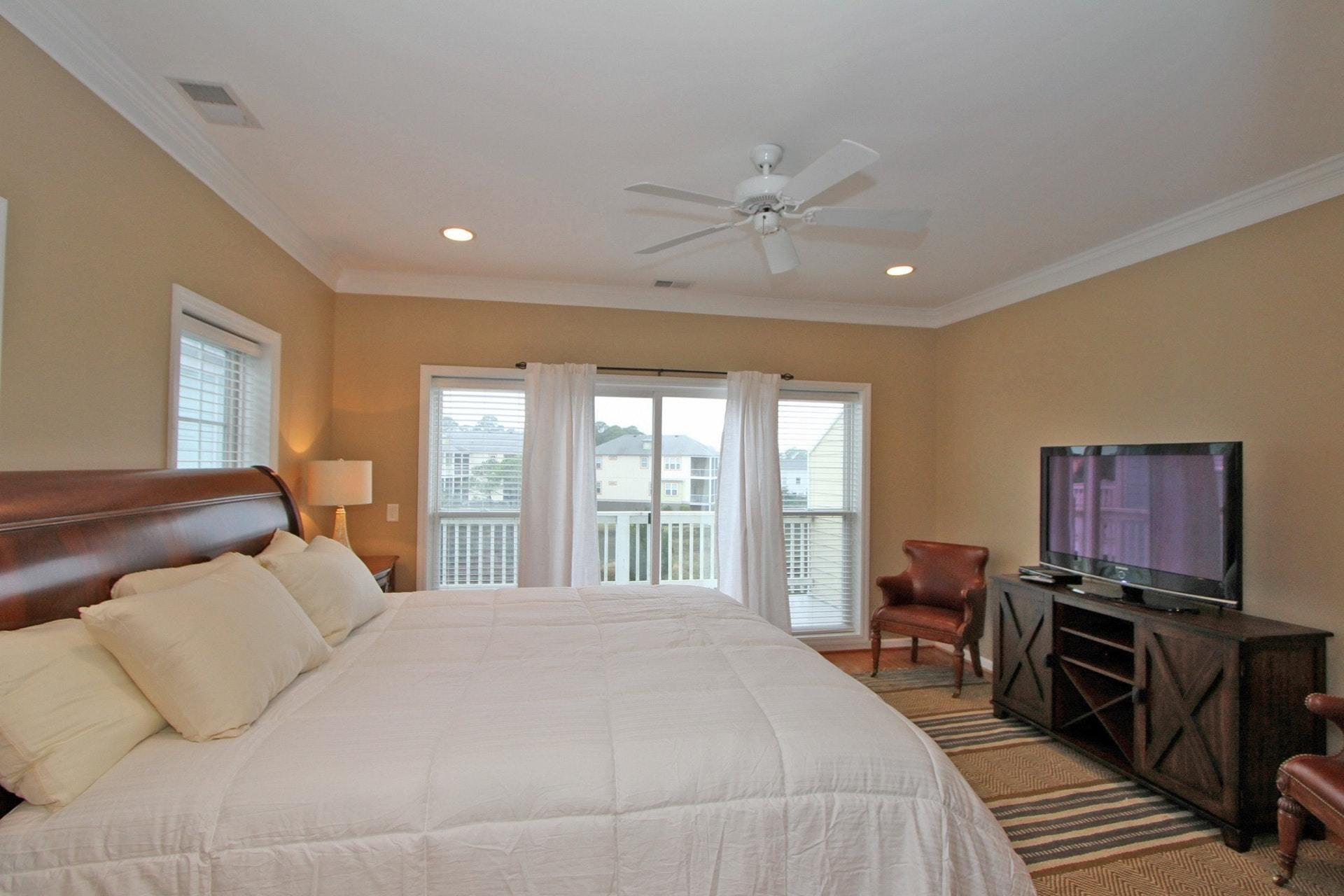 Waters Edge Homes For Sale - 85 2nd, Folly Beach, SC - 5
