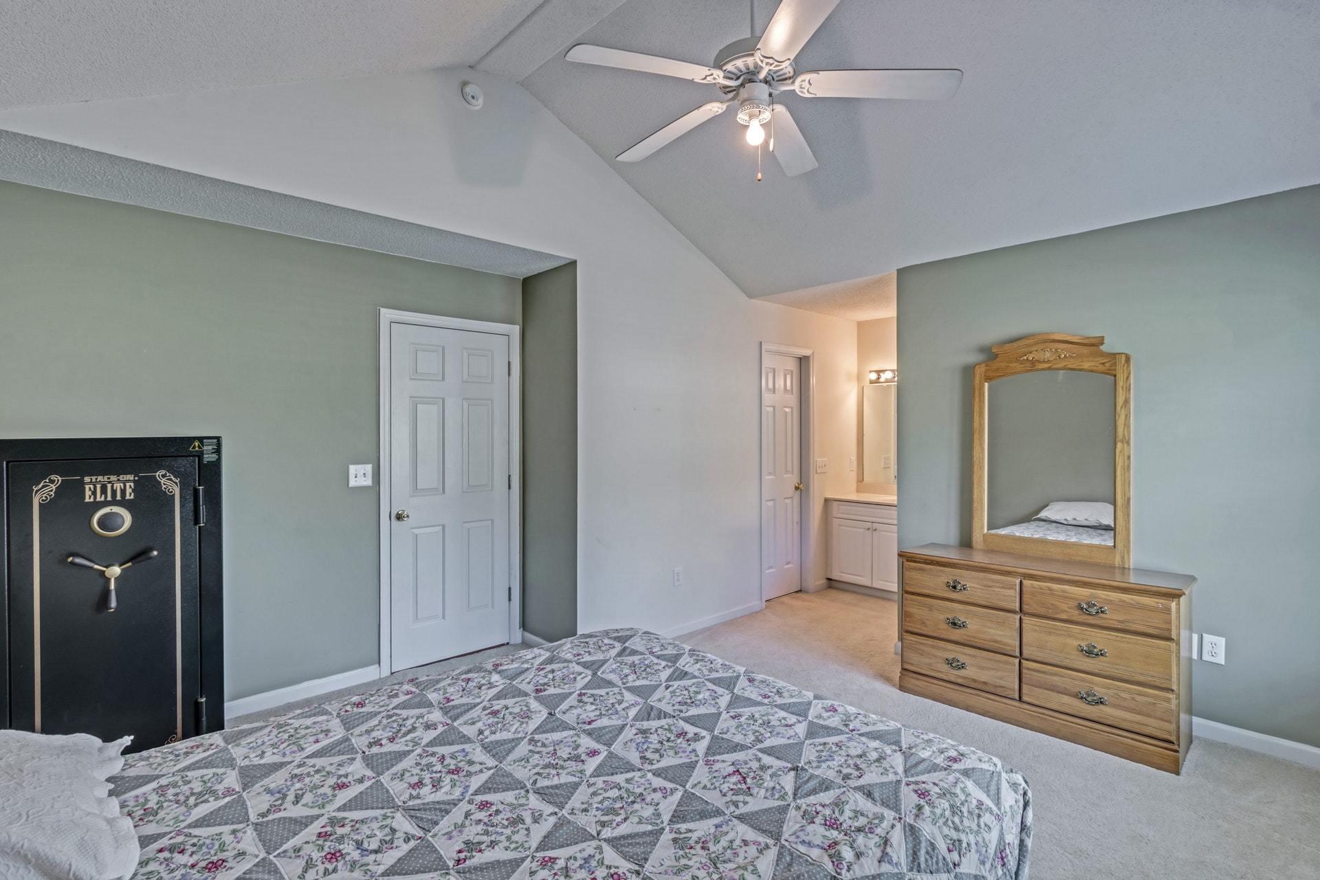 Double Oaks Homes For Sale - 2402 Double Oak, Charleston, SC - 13