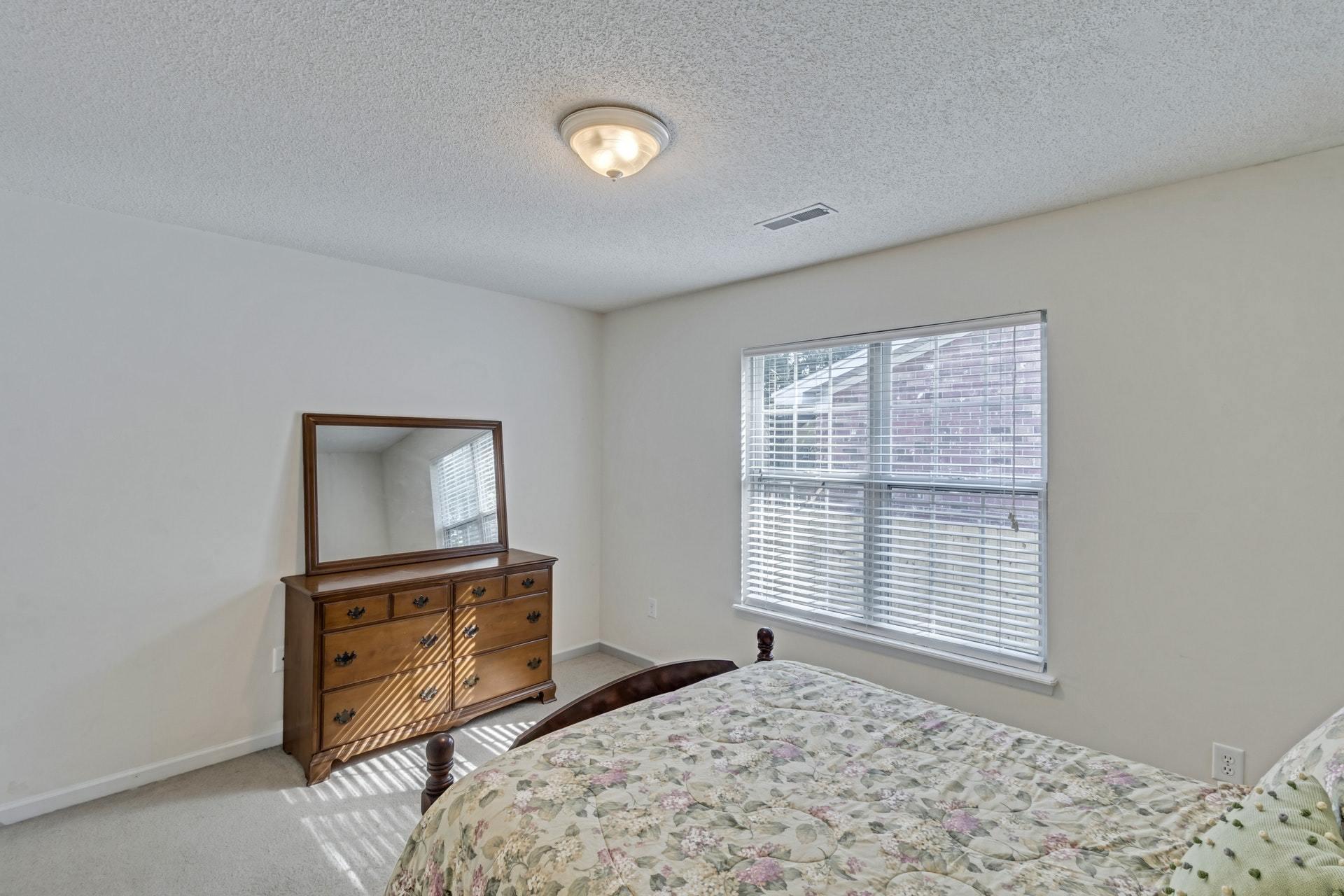 Double Oaks Homes For Sale - 2402 Double Oak, Charleston, SC - 18