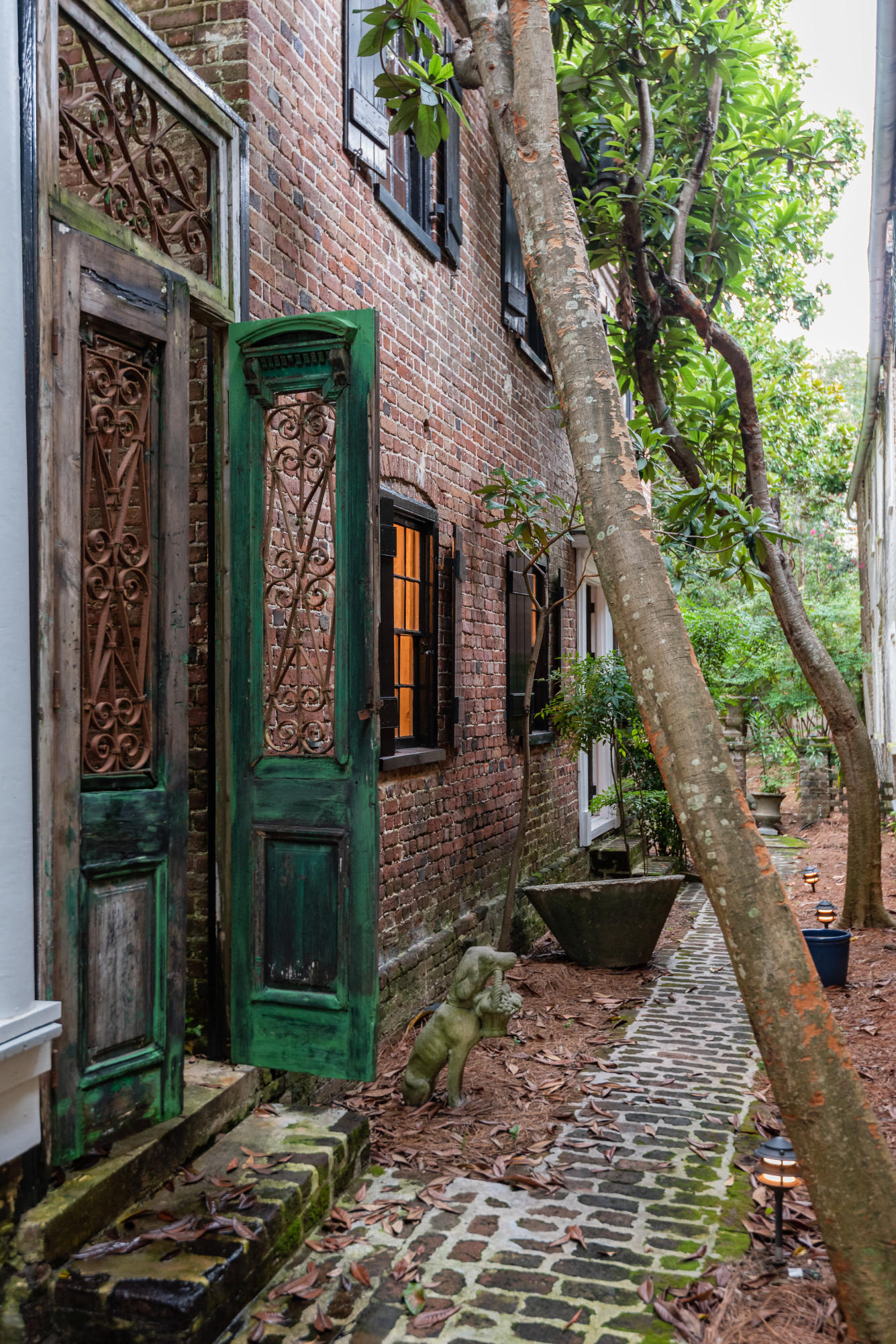 South of Broad Homes For Sale - 22 Church, Charleston, SC - 70