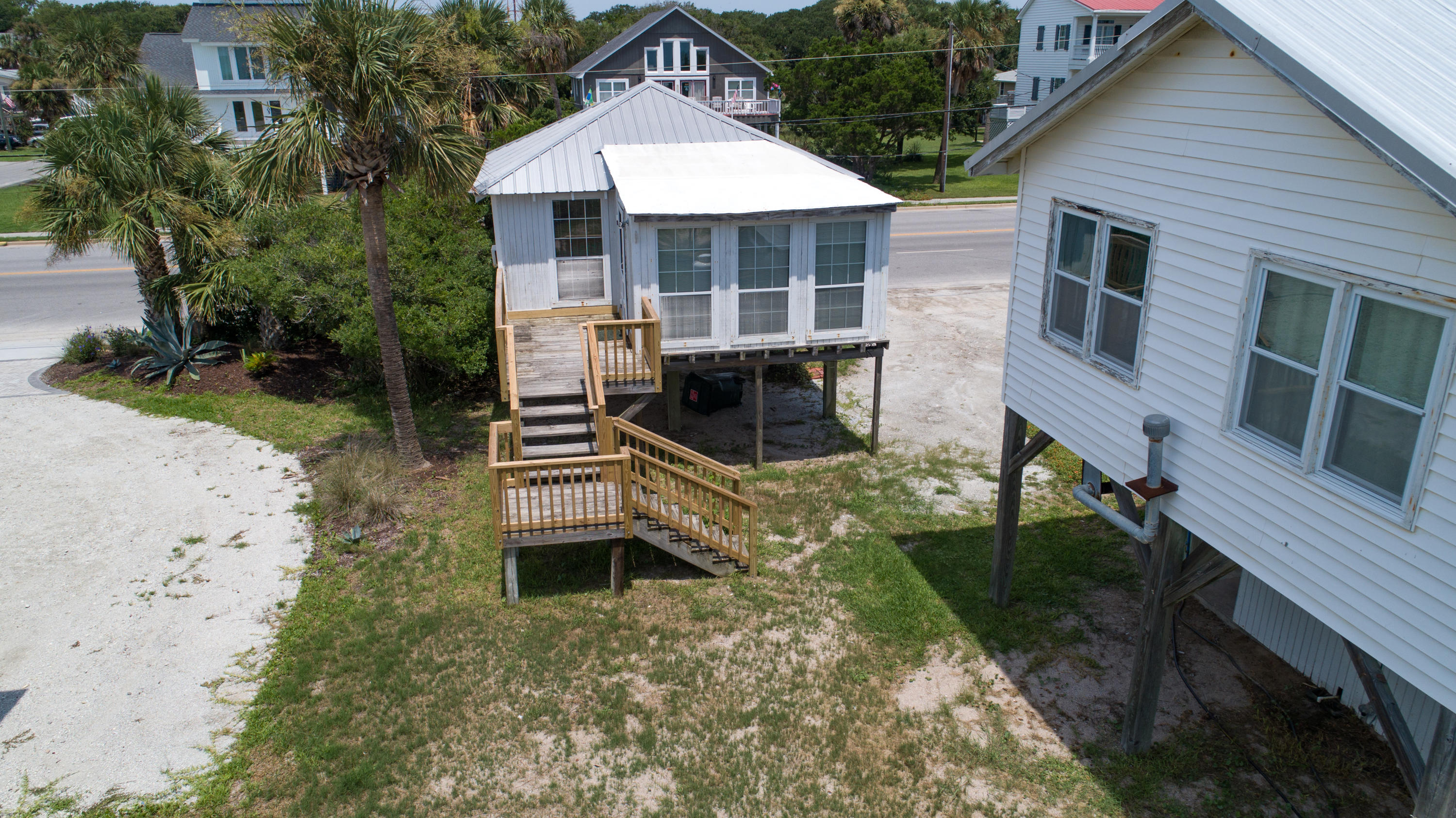 Photo of 1306 Palmetto Blvd, Edisto Island, SC 29438