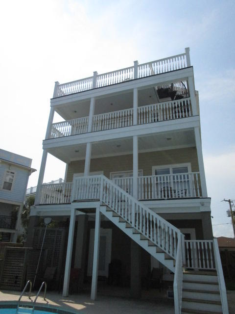 Photo of 1002 Carolina Blvd, Isle of Palms, SC 29451