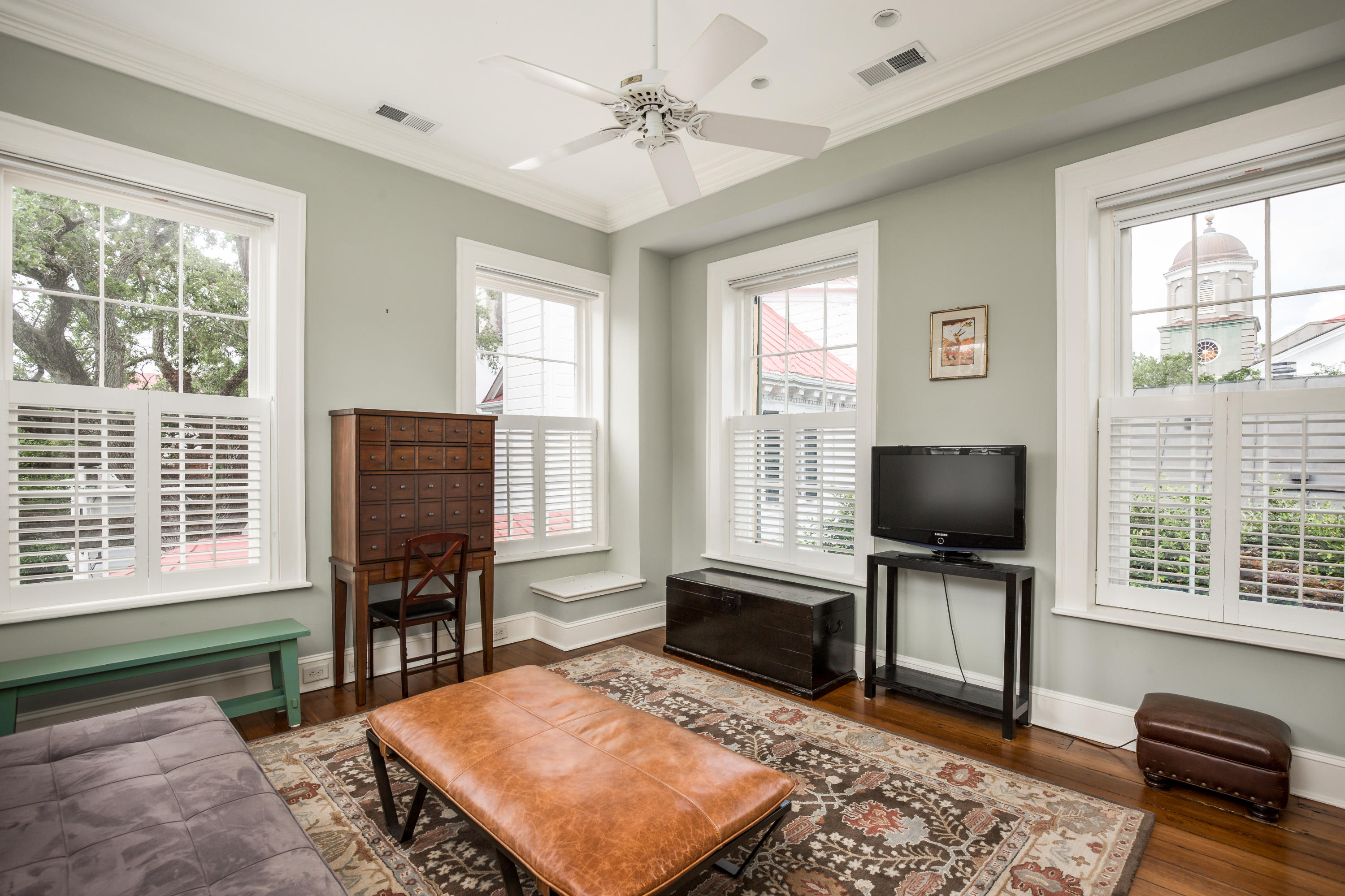 South of Broad Homes For Sale - 61 1/2 Tradd, Charleston, SC - 7