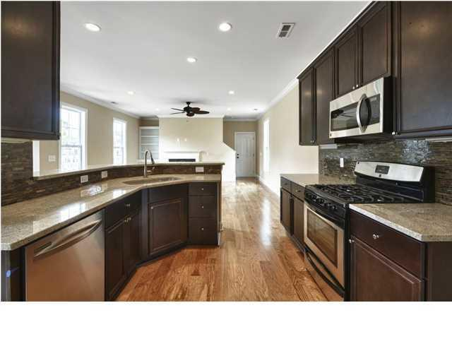 Pelican Cove Homes For Sale - 35 Brockman, Charleston, SC - 14