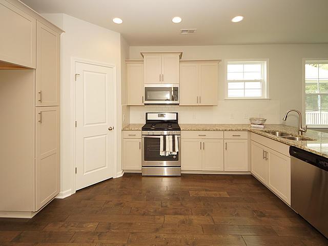 Highland Park Homes For Sale - 116 Longdale, Summerville, SC - 8