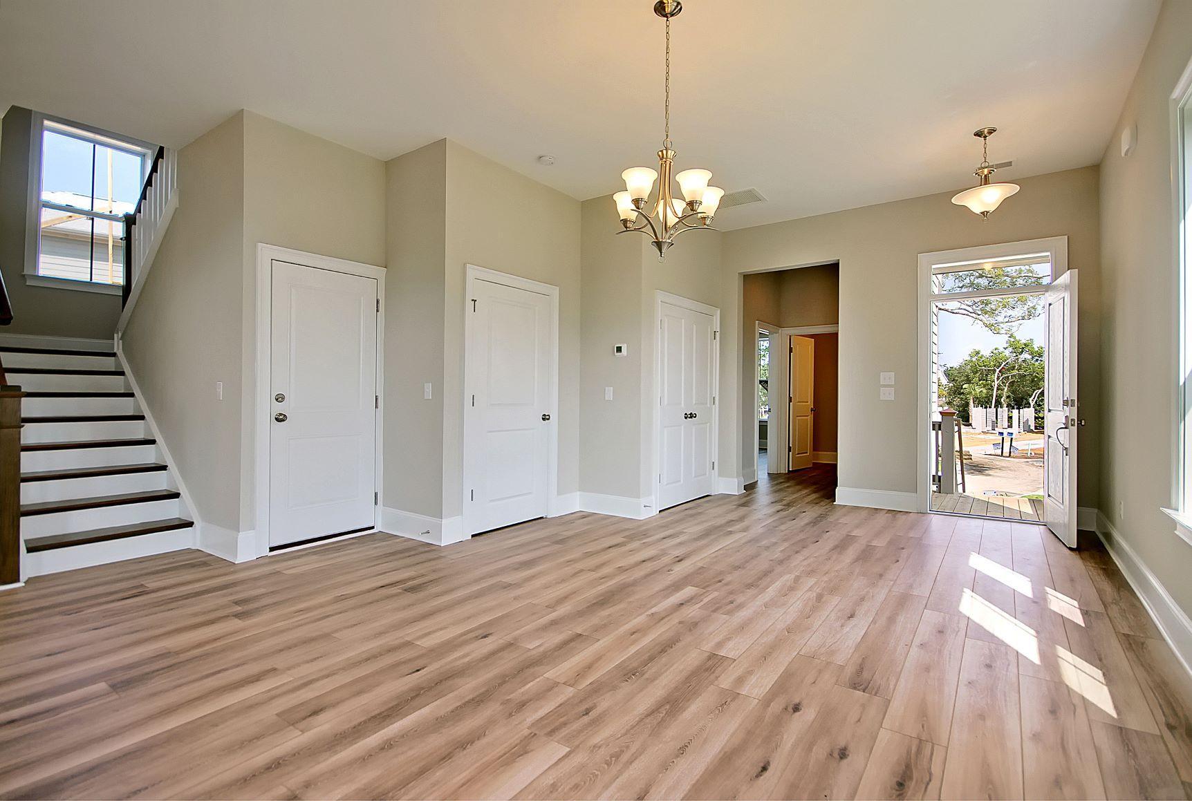 Kings Flats Homes For Sale - 121 Alder, Charleston, SC - 9