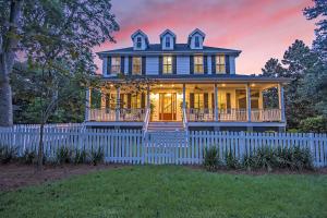 Photo of 808 Royall Avenue, Old Village, Mount Pleasant, South Carolina