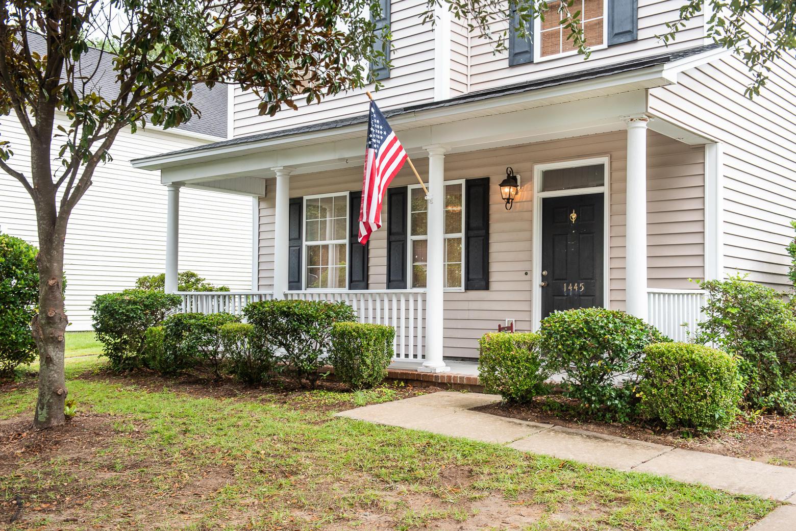 Jamestowne Village Homes For Sale - 1445 Swamp Fox, Charleston, SC - 2