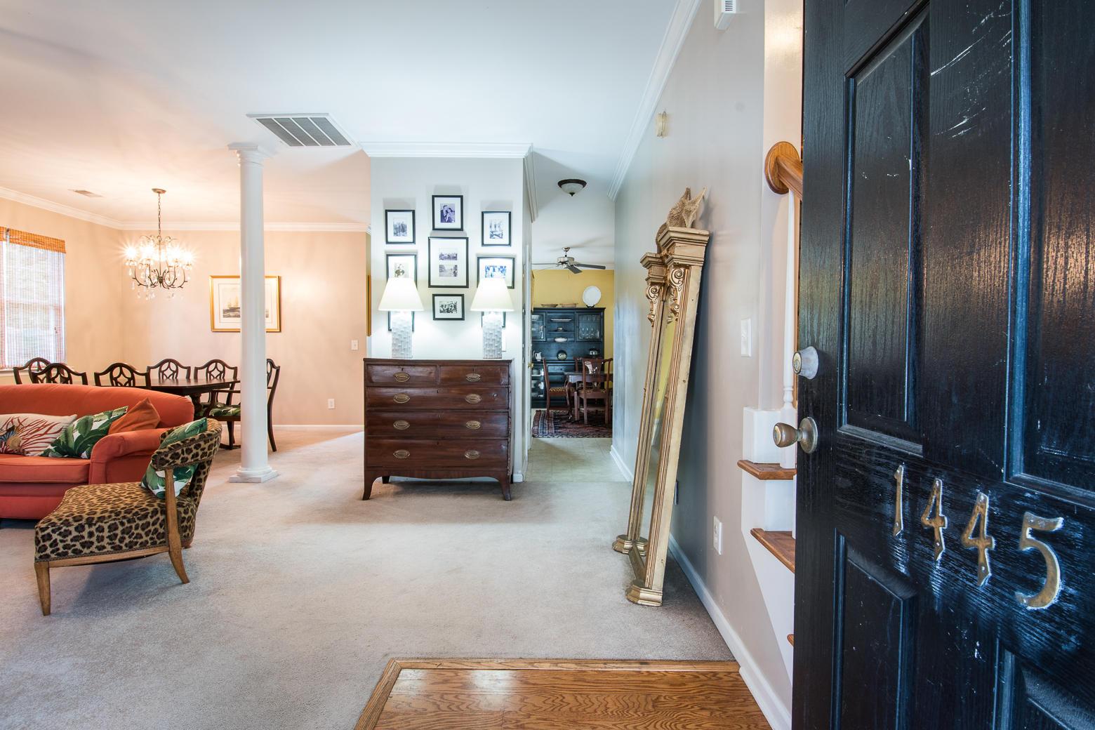 Jamestowne Village Homes For Sale - 1445 Swamp Fox, Charleston, SC - 4