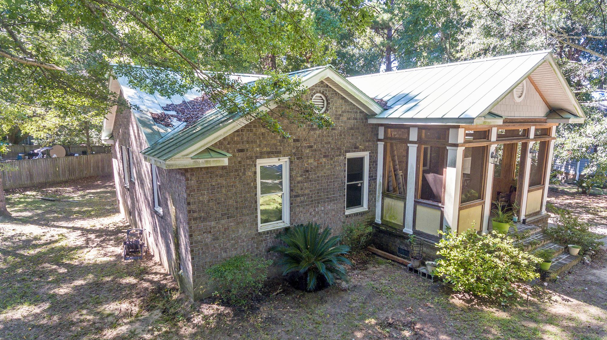 Wando Lakes Homes For Sale - 858 Fairlawn, Mount Pleasant, SC - 2