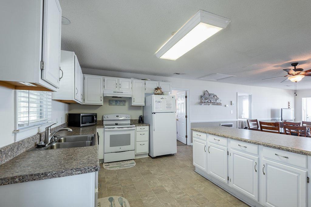 Folly Beach Homes For Sale - 903 Ashley, Folly Beach, SC - 31