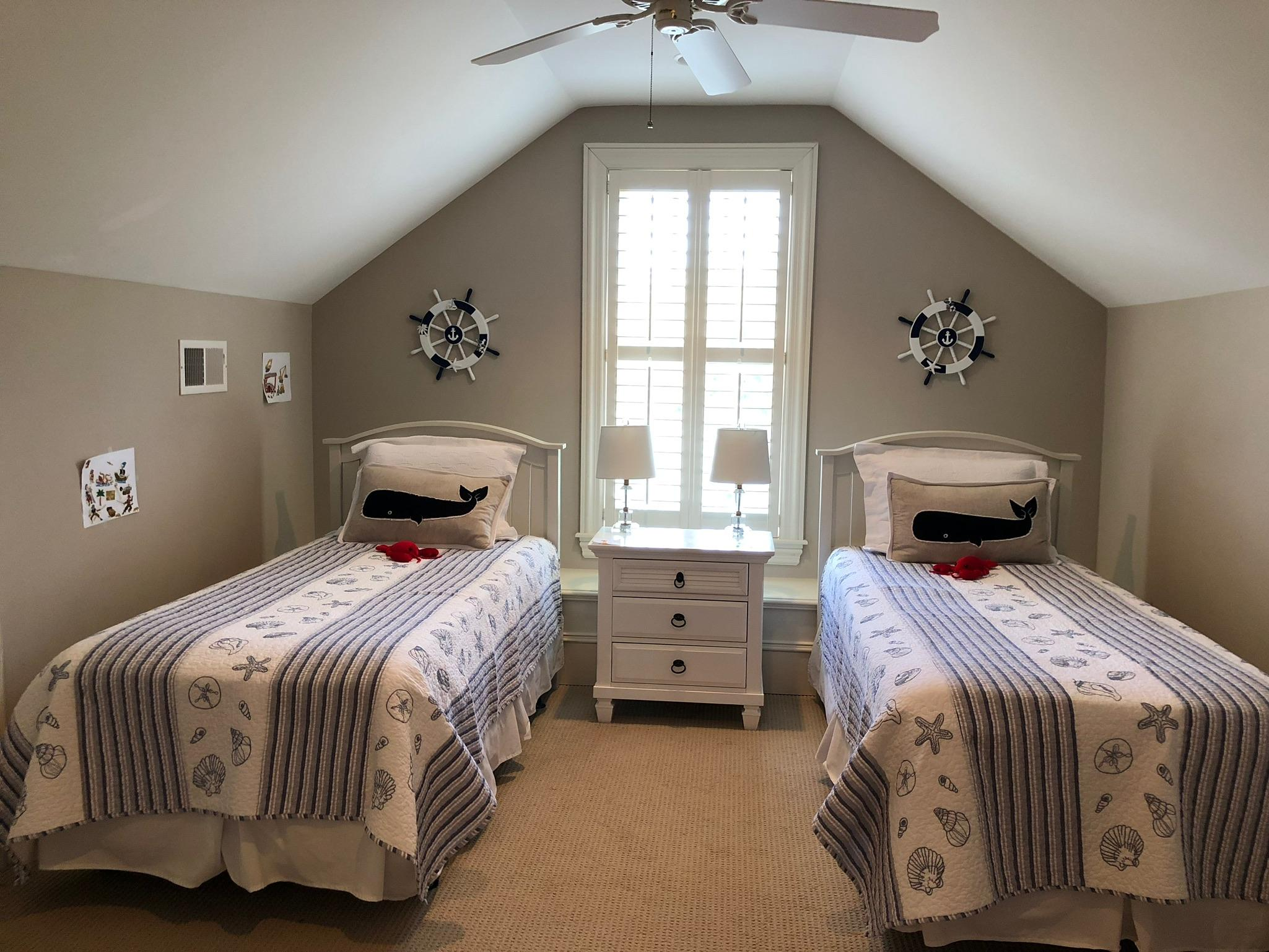 Old Village Homes For Sale - 108 Live Oak, Mount Pleasant, SC - 26