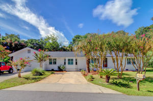 Home for Sale Lauden Boulevard, Isle of Palms, SC