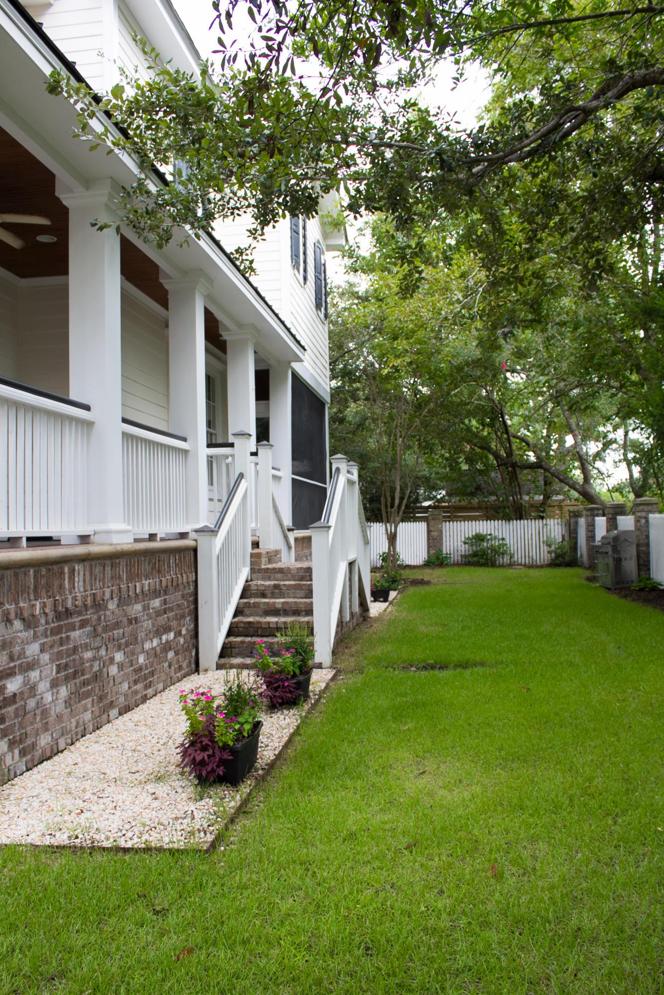 Old Village Homes For Sale - 108 Live Oak, Mount Pleasant, SC - 6