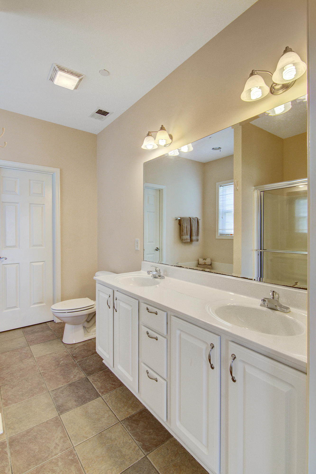Waters Edge Homes For Sale - 119 2nd, Folly Beach, SC - 26