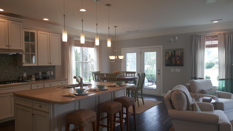 Carnes Crossroads Homes For Sale - 403 Ashby, Summerville, SC - 5
