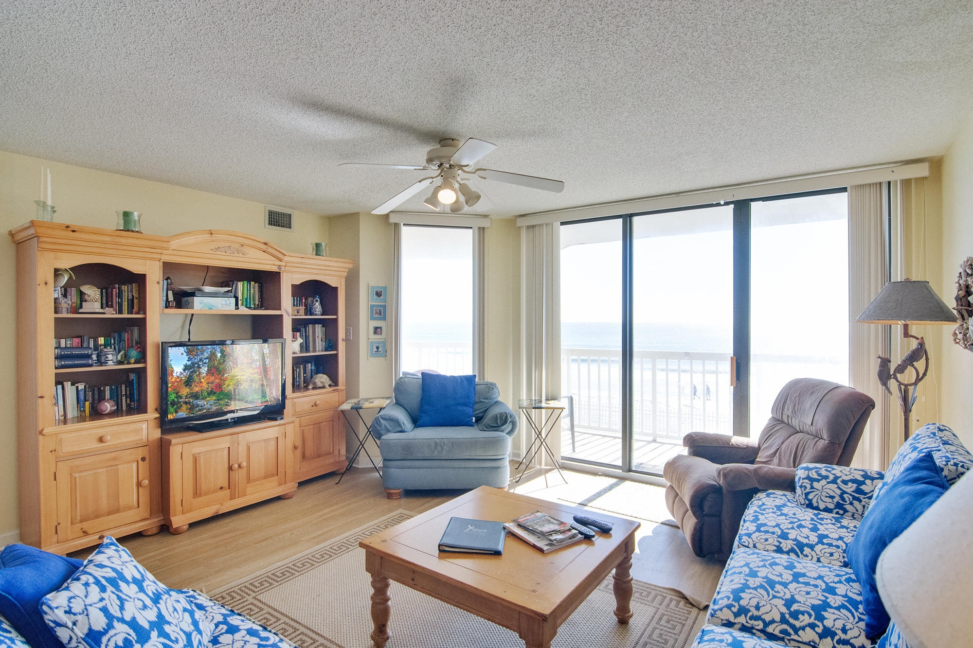 Charleston Oceanfront Villas Homes For Sale - 201 Arctic, Folly Beach, SC - 20