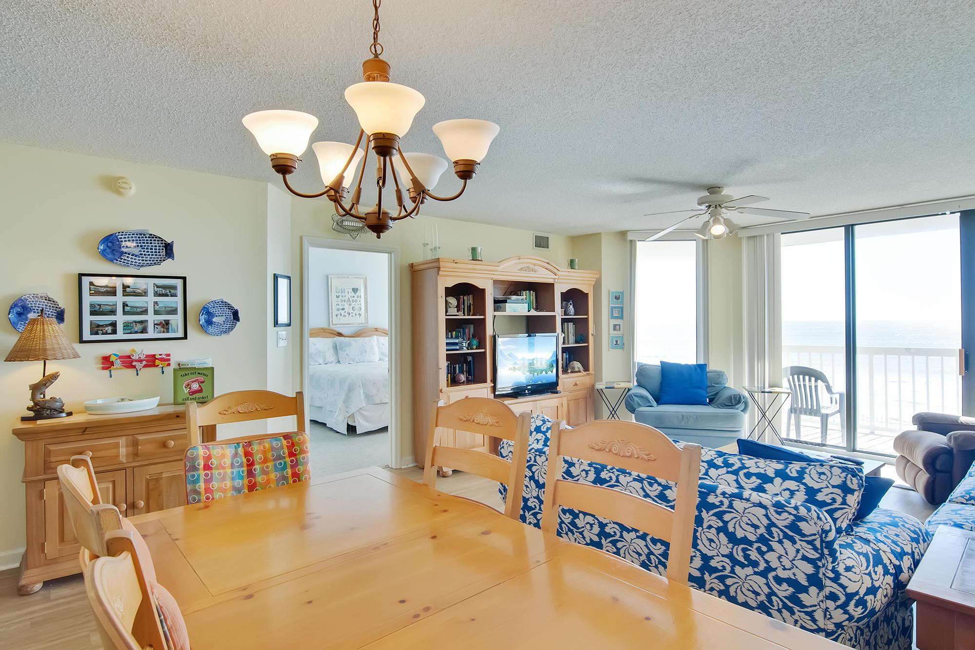 Charleston Oceanfront Villas Homes For Sale - 201 Arctic, Folly Beach, SC - 17