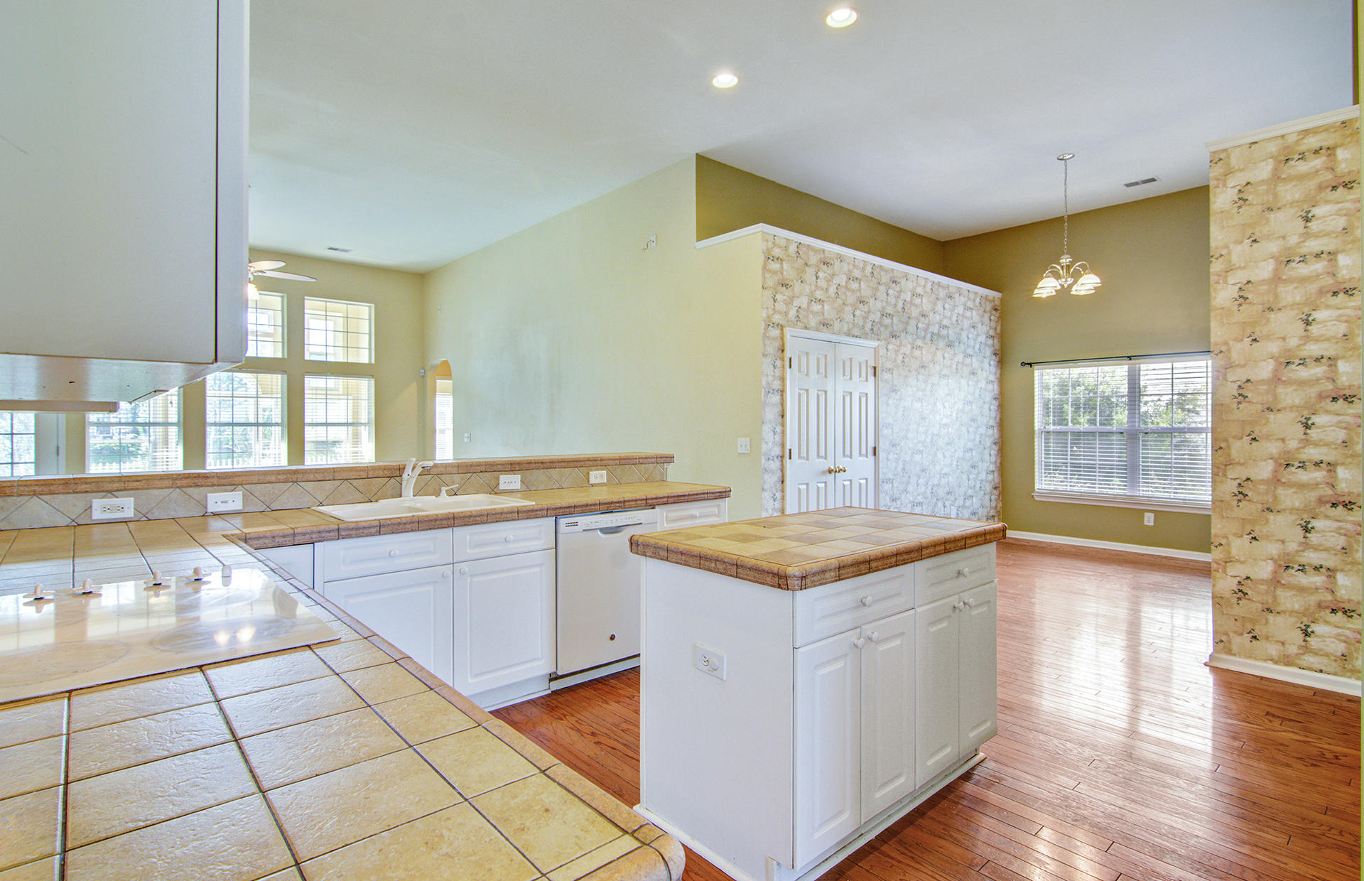 Grand Oaks Plantation Homes For Sale - 1013 Tyron, Charleston, SC - 21
