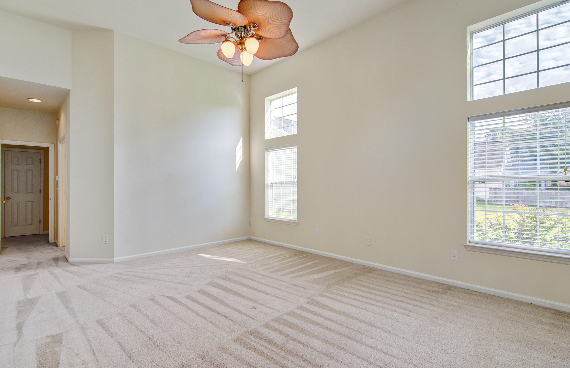 Grand Oaks Plantation Homes For Sale - 1013 Tyron, Charleston, SC - 12